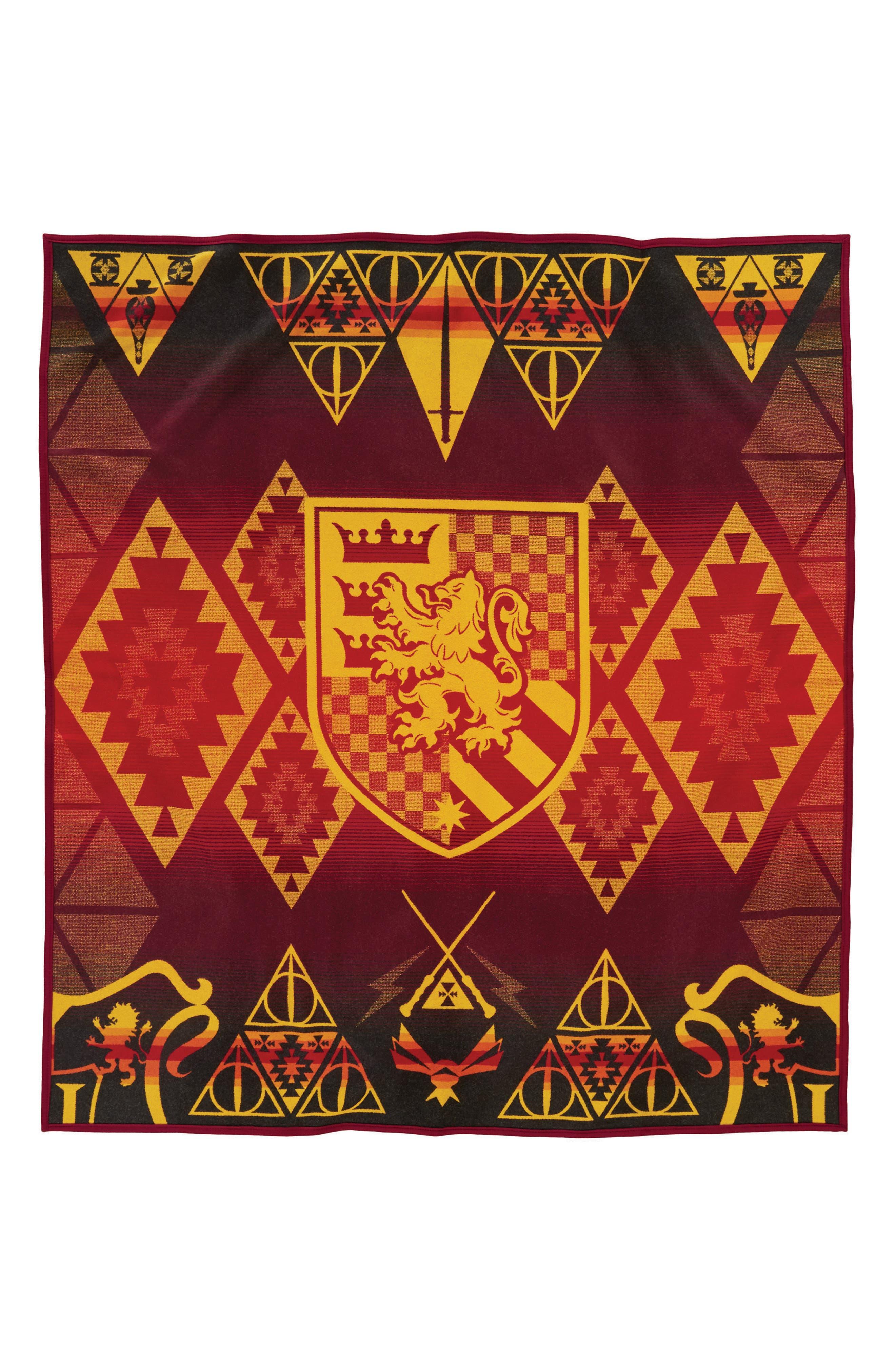 Harry Potter - Gryffindor Blanket,                             Main thumbnail 1, color,                             Red