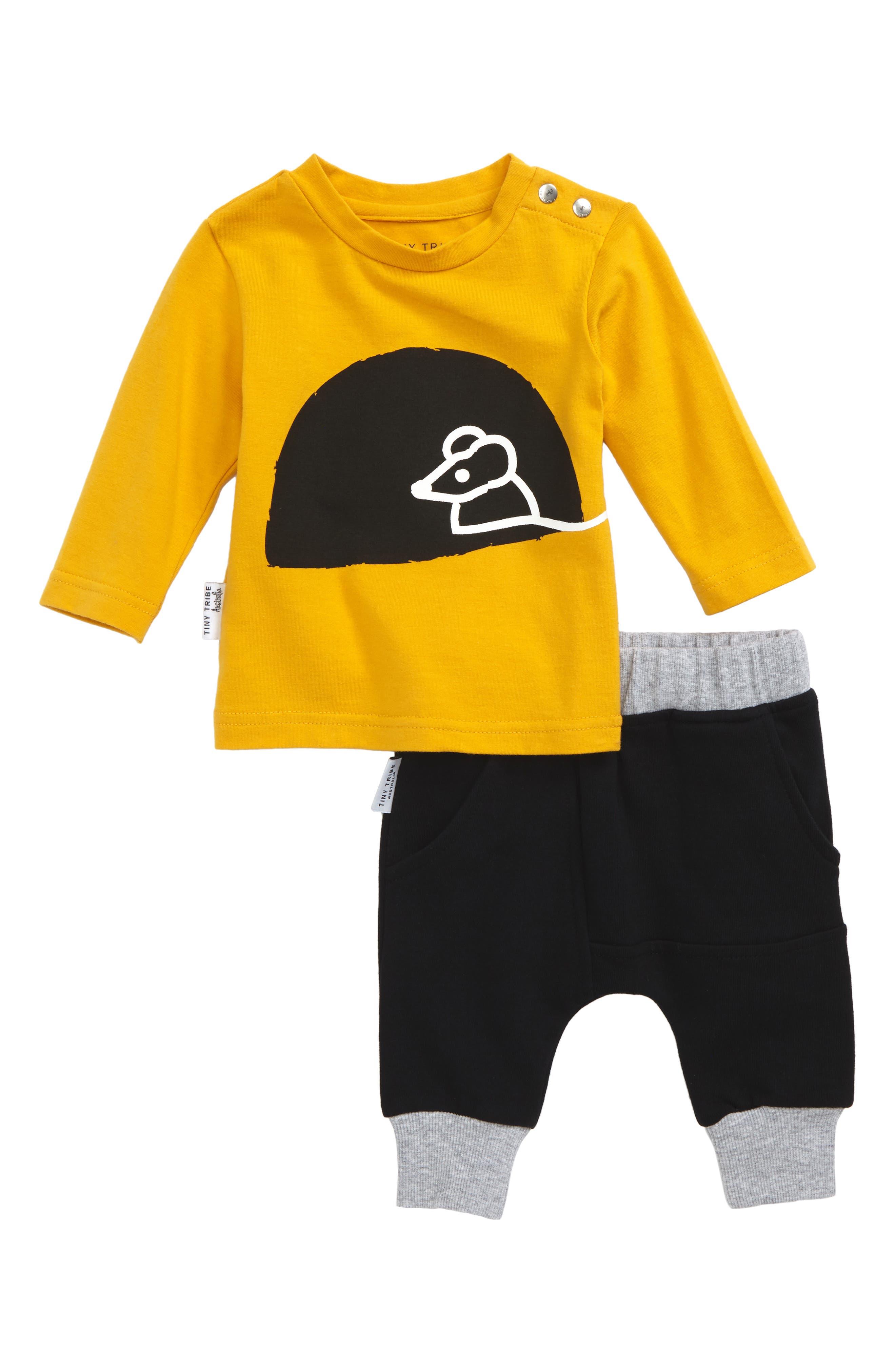 Main Image - Tiny Tribe Mouse House T-Shirt & Sweatpants Set (Baby)