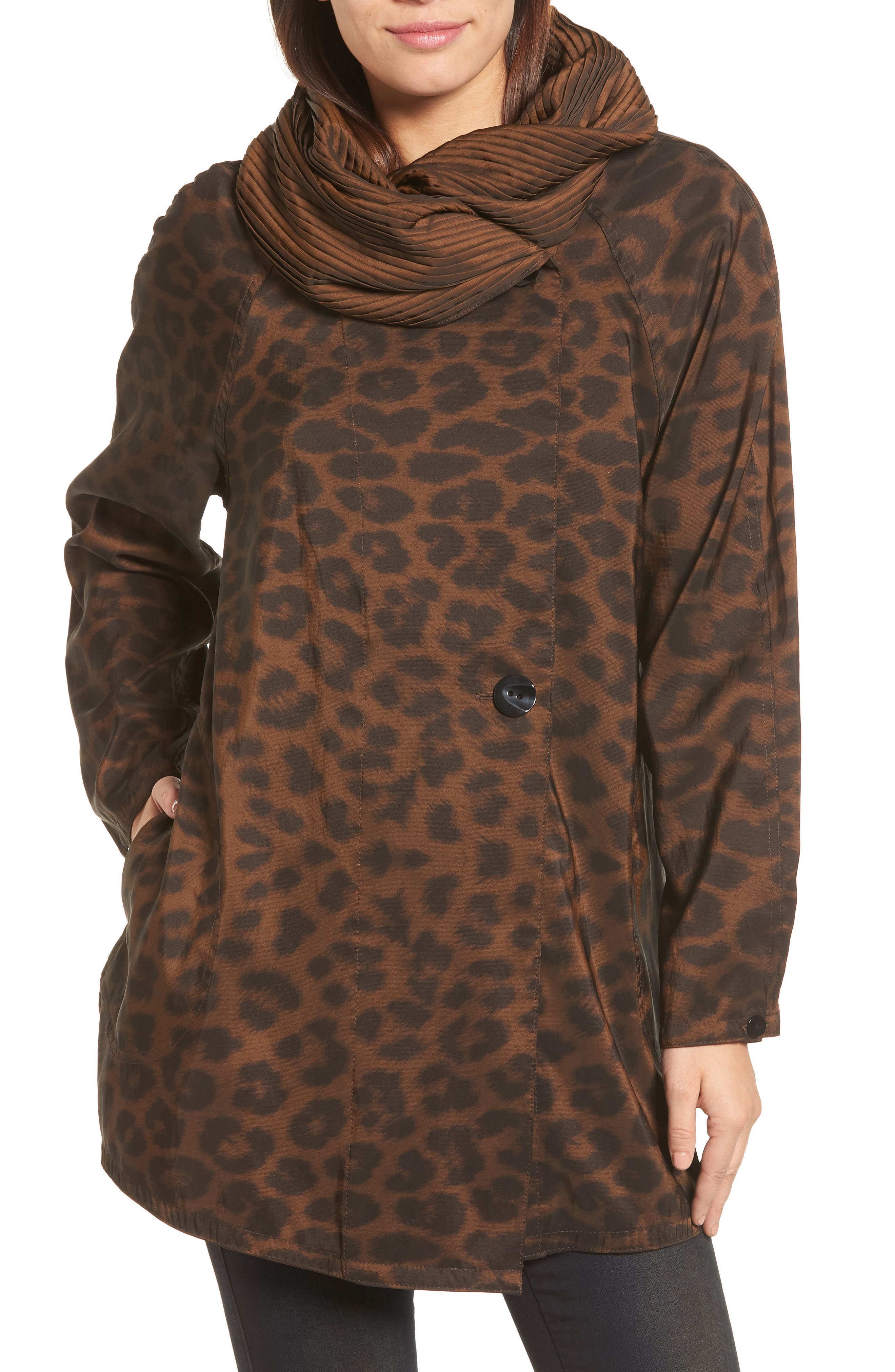 Mycra Pac Designer Wear 'Mini Donatella Leopard' Reversible Pleat Hood Packable Travel Coat