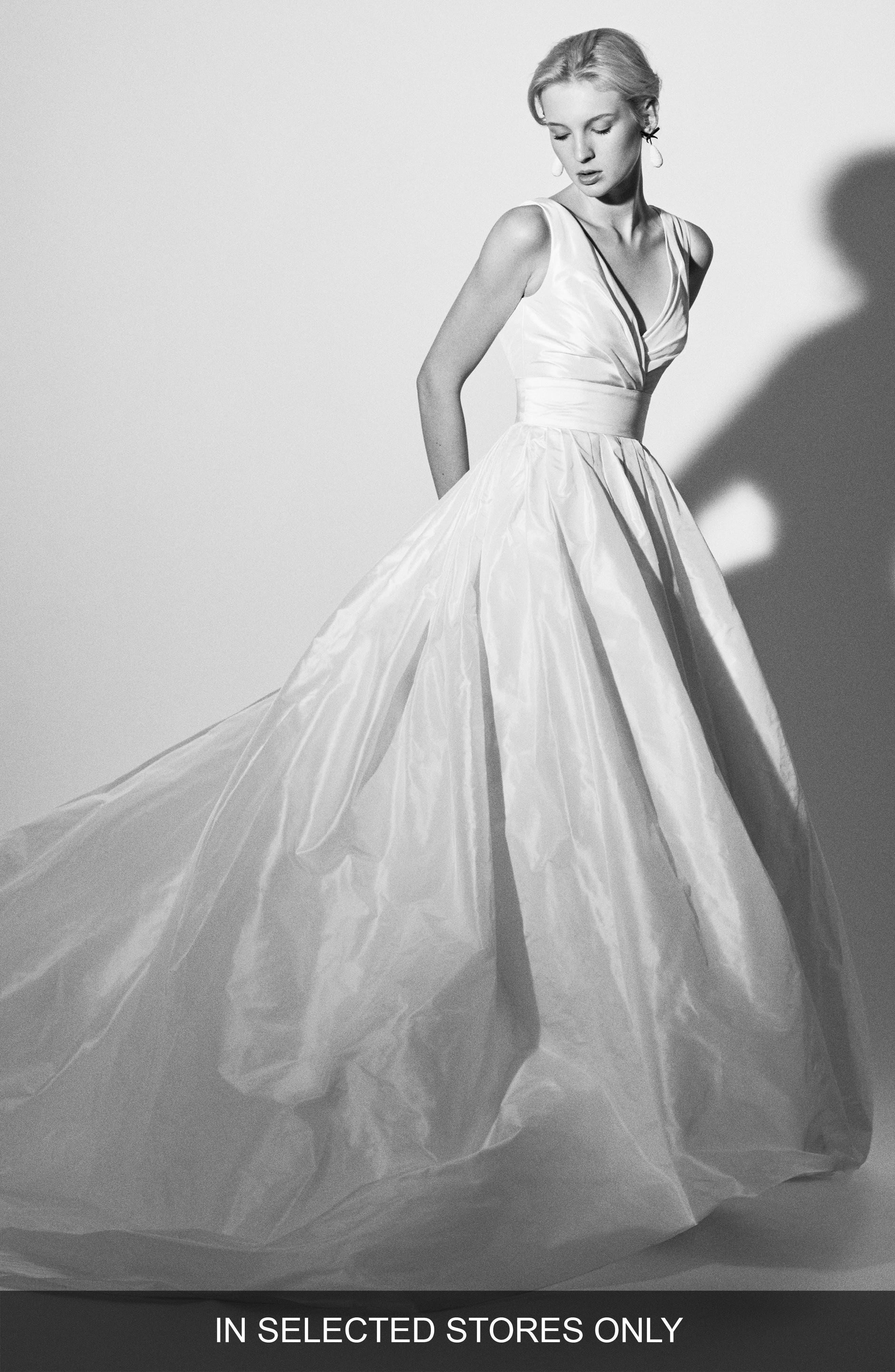 Alternate Image 1 Selected - Carolina Herrera Felisa Silk Taffeta Ballgown