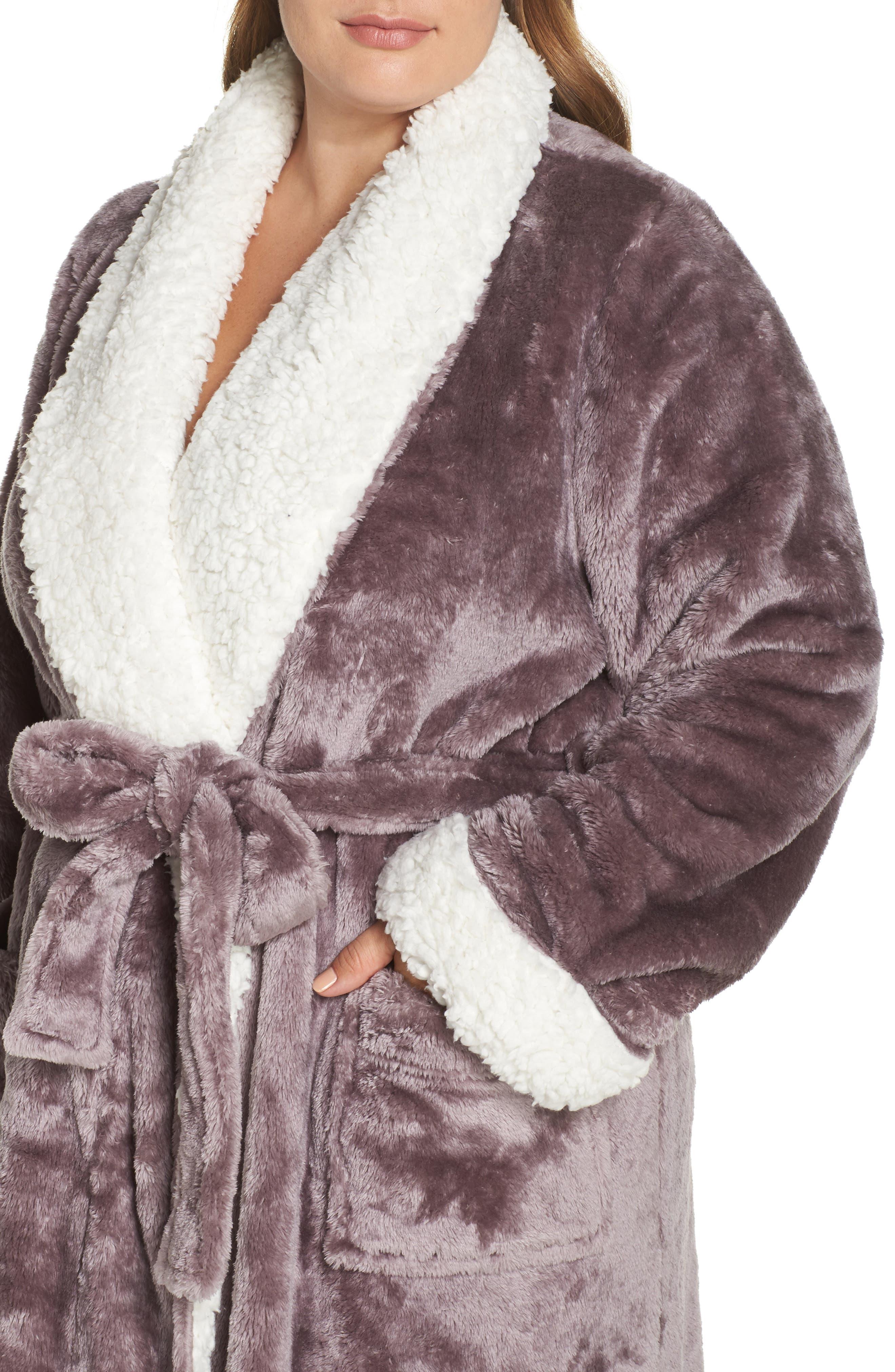 Alternate Image 4  - Nordstrom Lingerie Frosted Plush Robe (Plus Size)