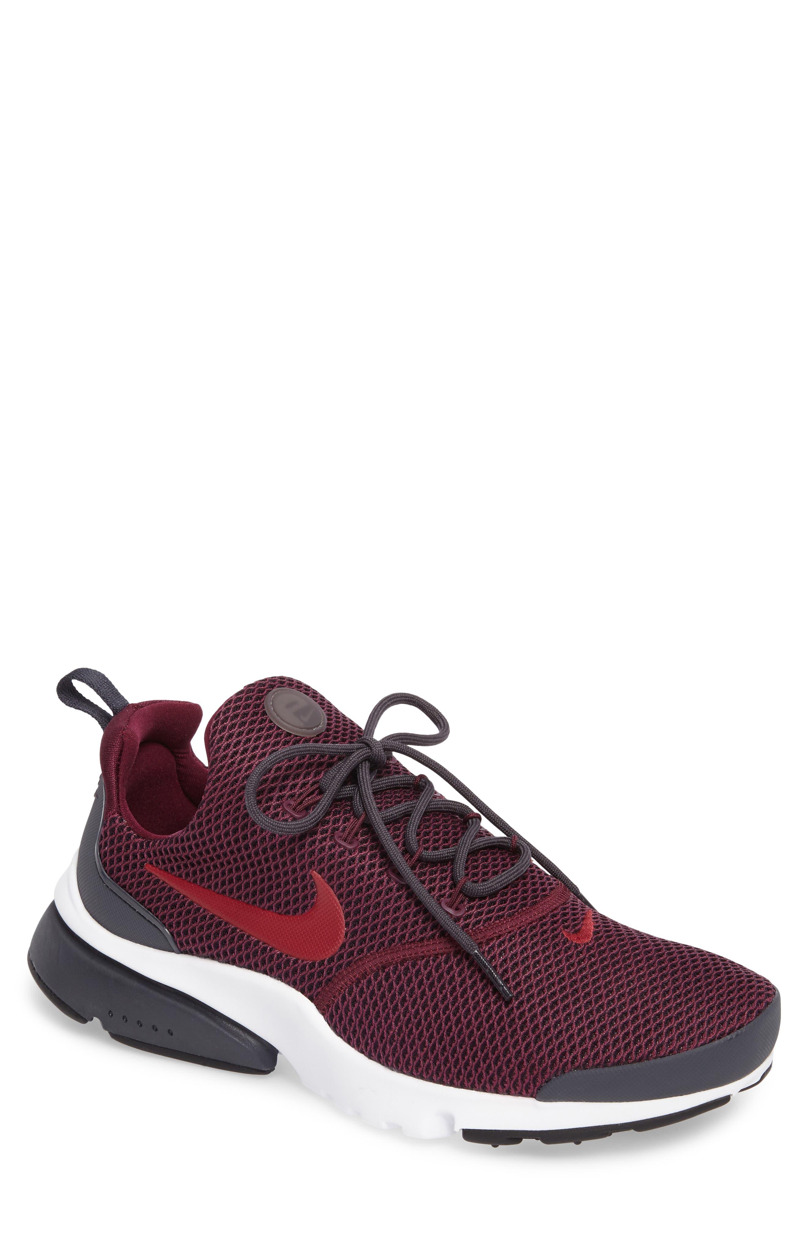 Main Image - Nike Presto Fly SE Sneaker (Men)