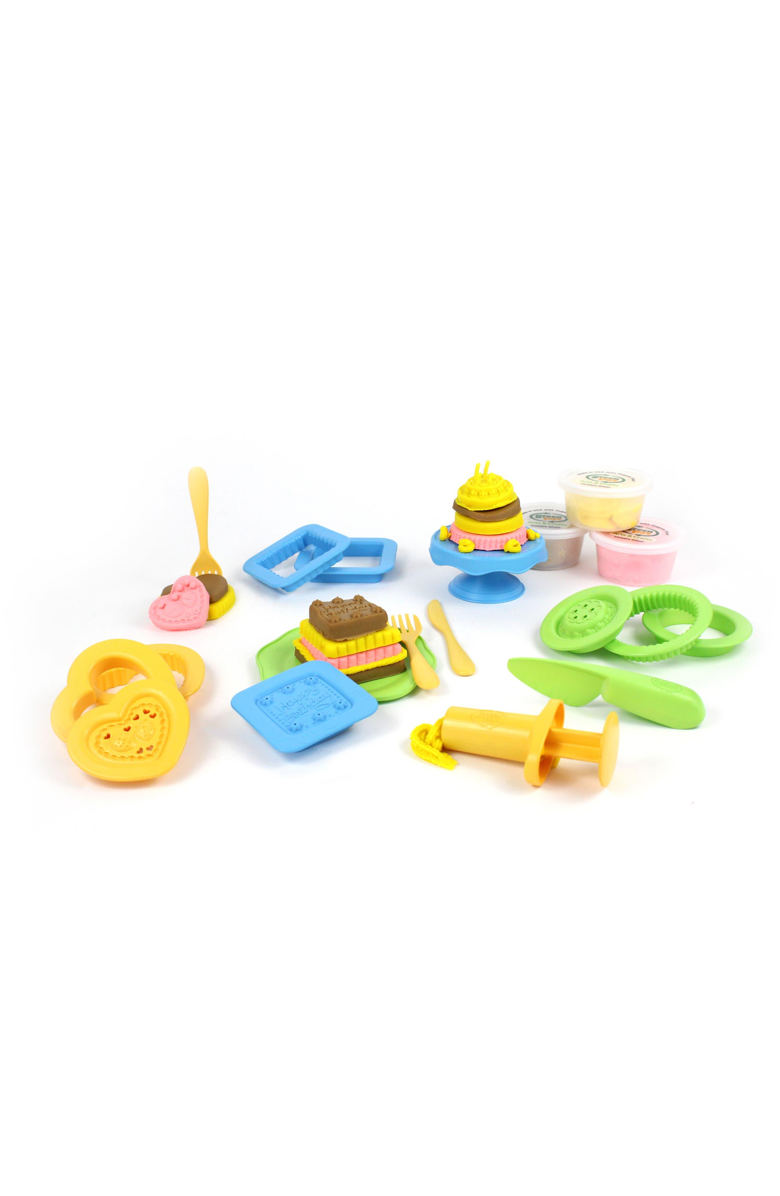 Alternate Image 2  - Green Toys 20-Piece Plastic Cake Maker Dough Set