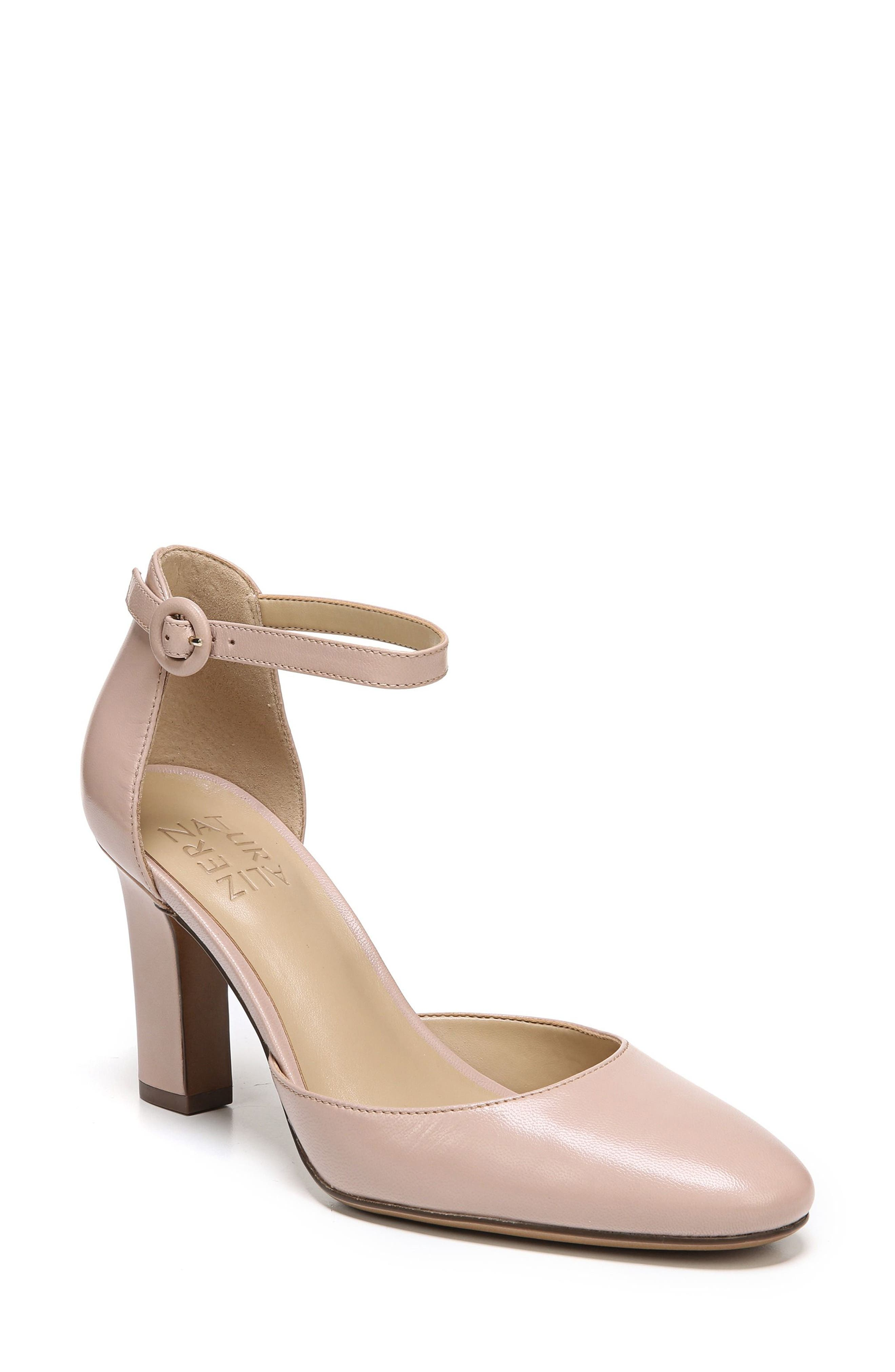 Main Image - Naturalizer Gianna Ankle Strap Pump (Women)
