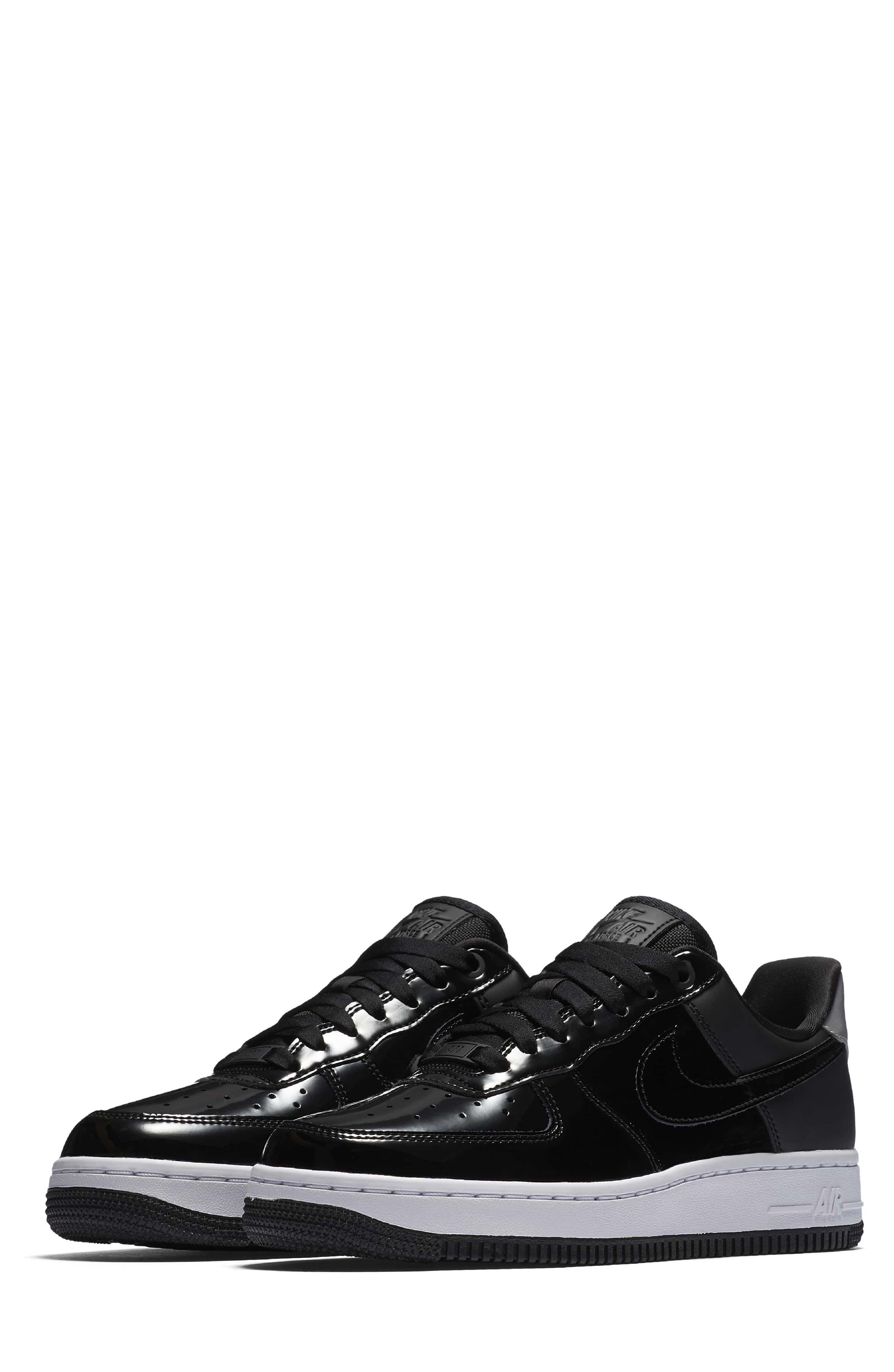 Main Image - Nike Air Force 1 \u002707 SE Premium Sneaker (Women)