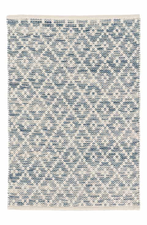 Grey woven rug best rug 2018 for Best stores for rugs
