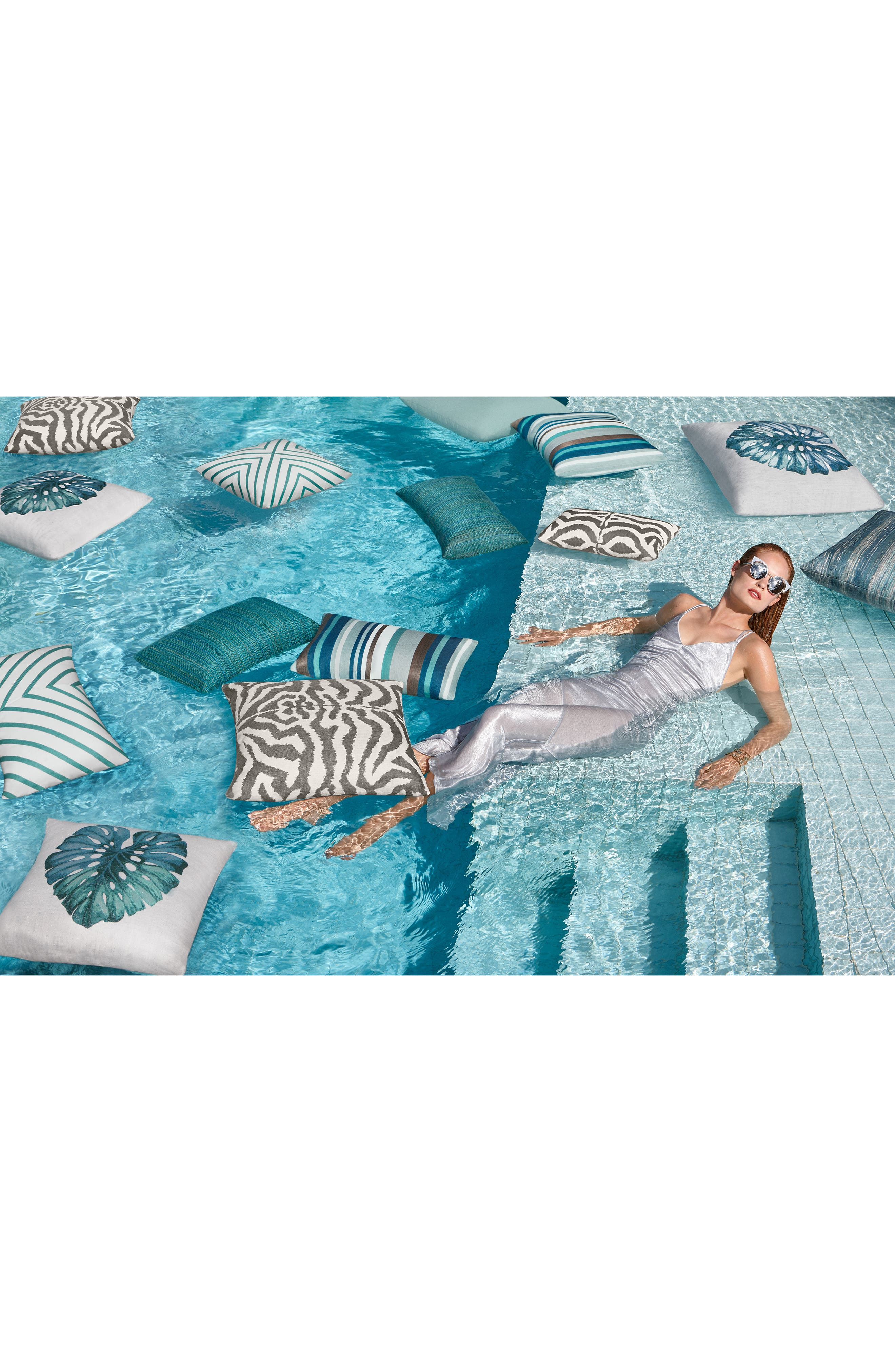Leaf Lagoon Indoor/Outdoor Accent Pillow,                             Alternate thumbnail 3, color,                             White Blue