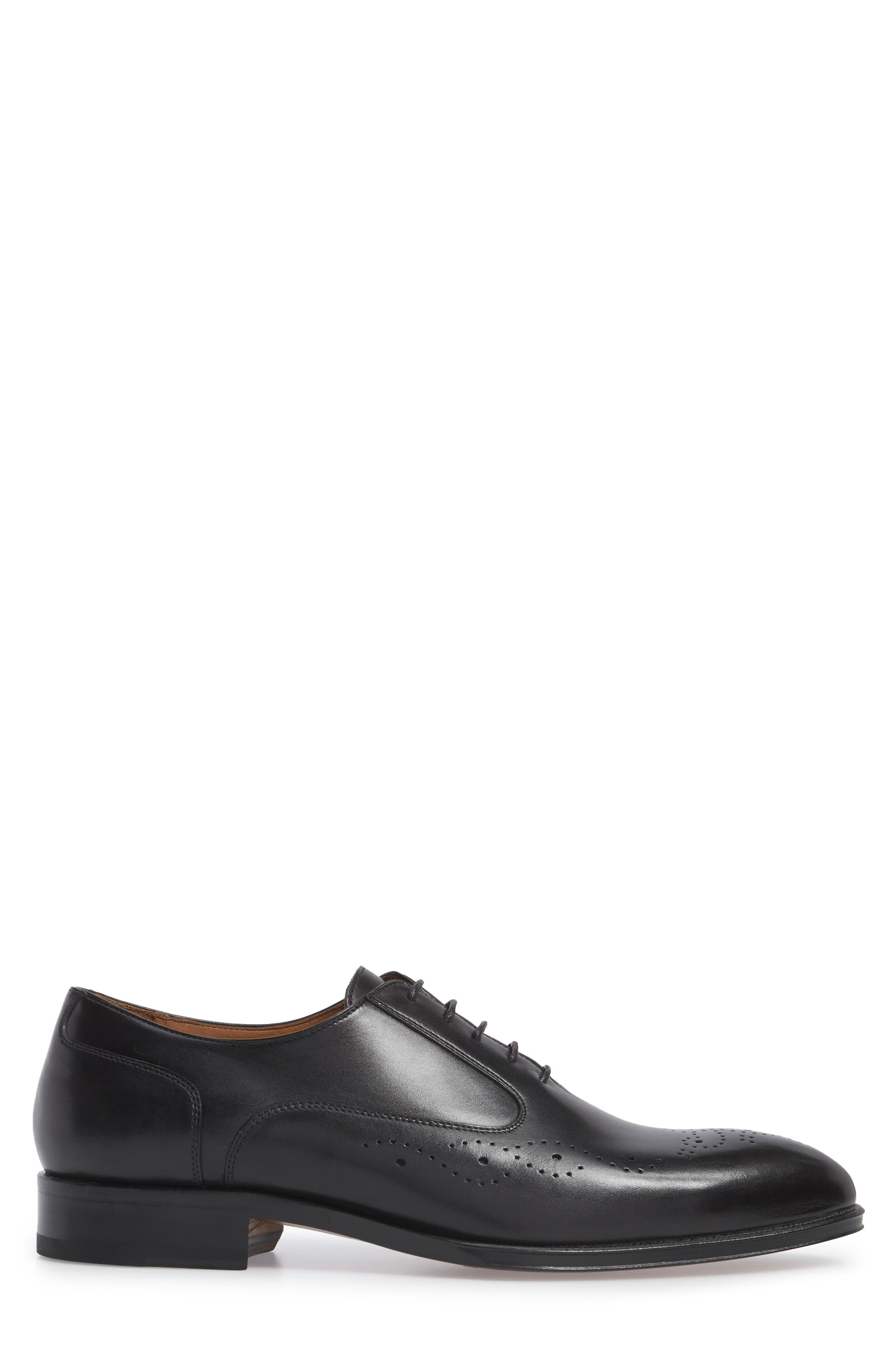 Medallion Toe Oxford,                             Alternate thumbnail 3, color,                             Nero