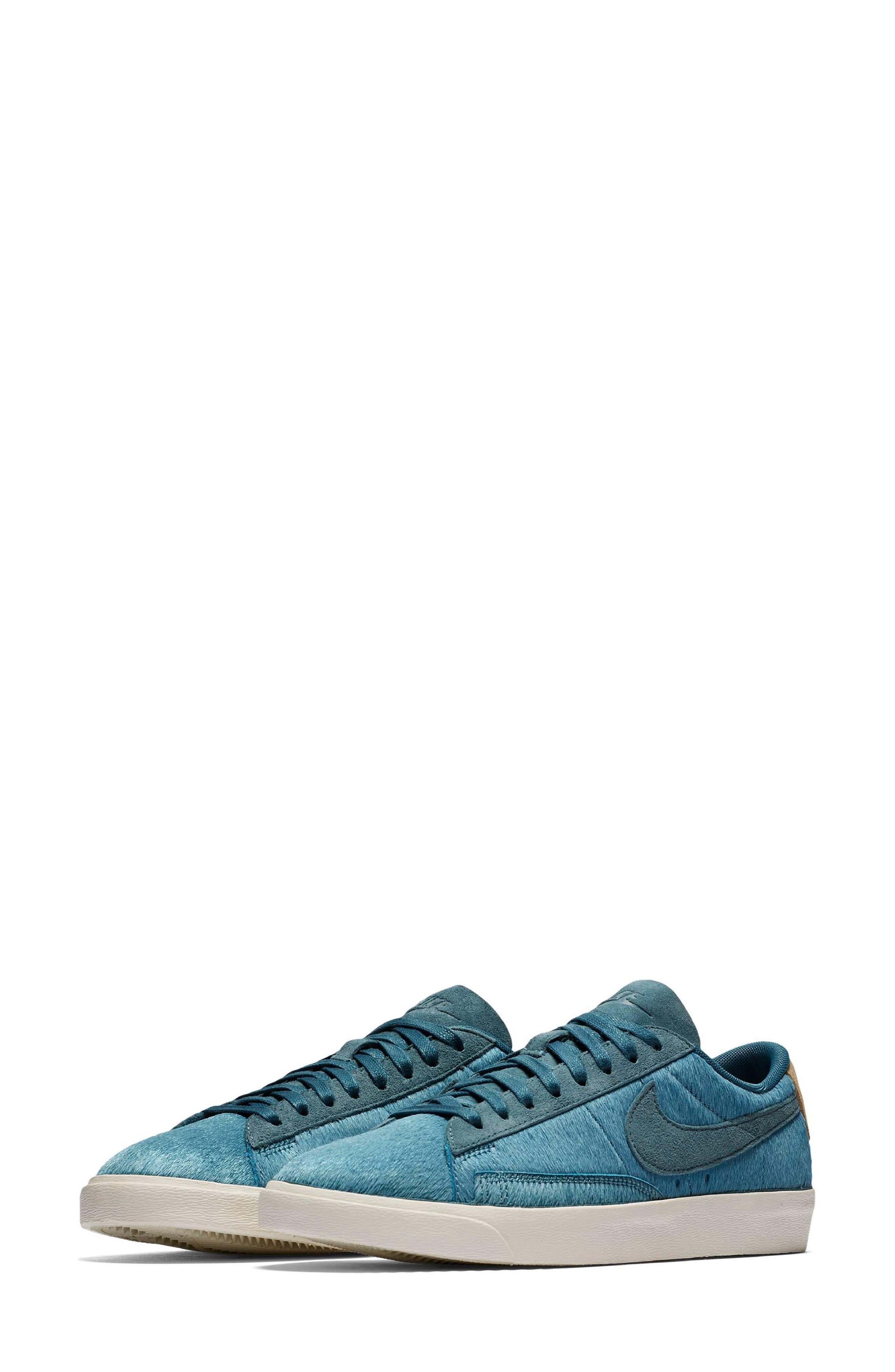 Nike Blazer Low LX Sneaker (Women)