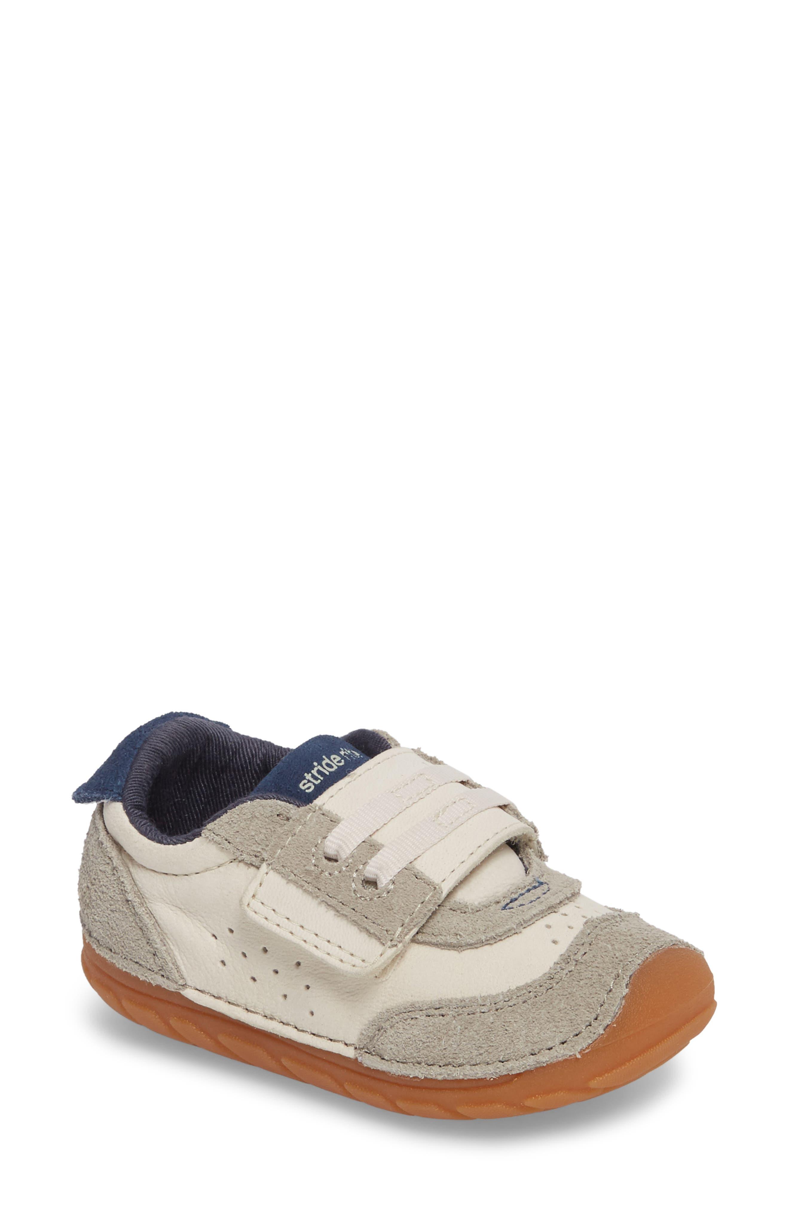 Soft Motion SRT Wyatt Sneaker,                         Main,                         color, Stone Leather