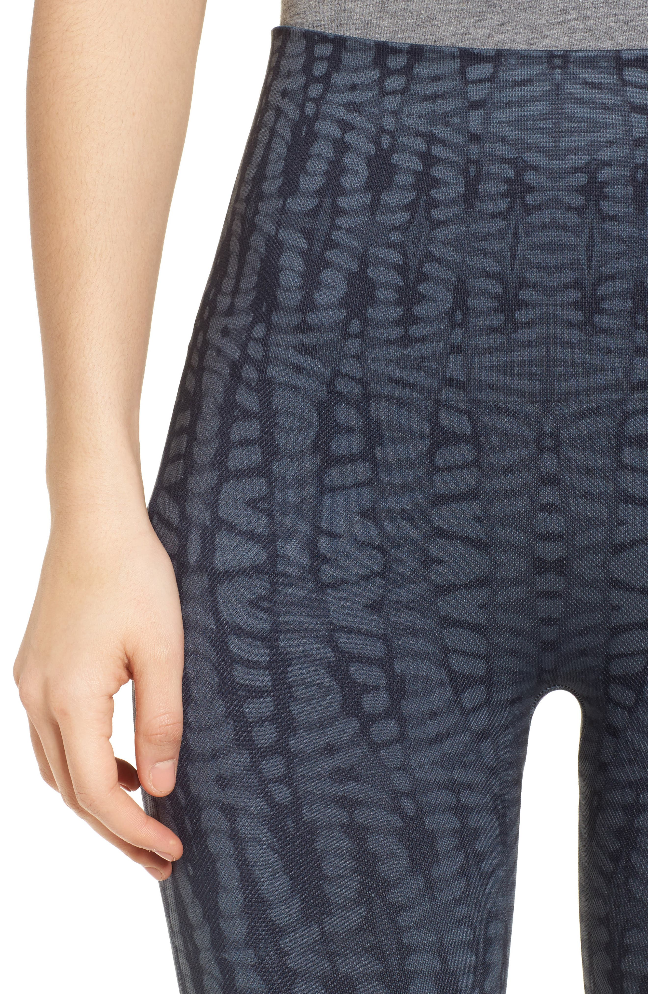 Alternate Image 4  - SPANX® Look at Me Now' Seamless Leggings