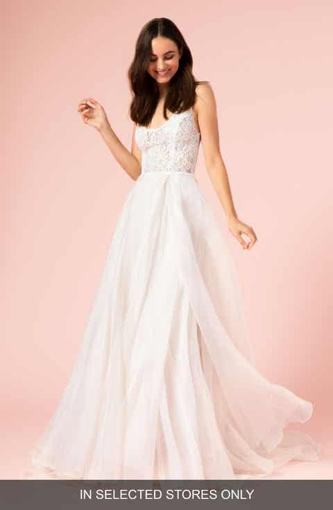 Womens bliss monique lhuillier wedding dresses bridal gowns bliss monique lhuillier lace bodice gown junglespirit Gallery