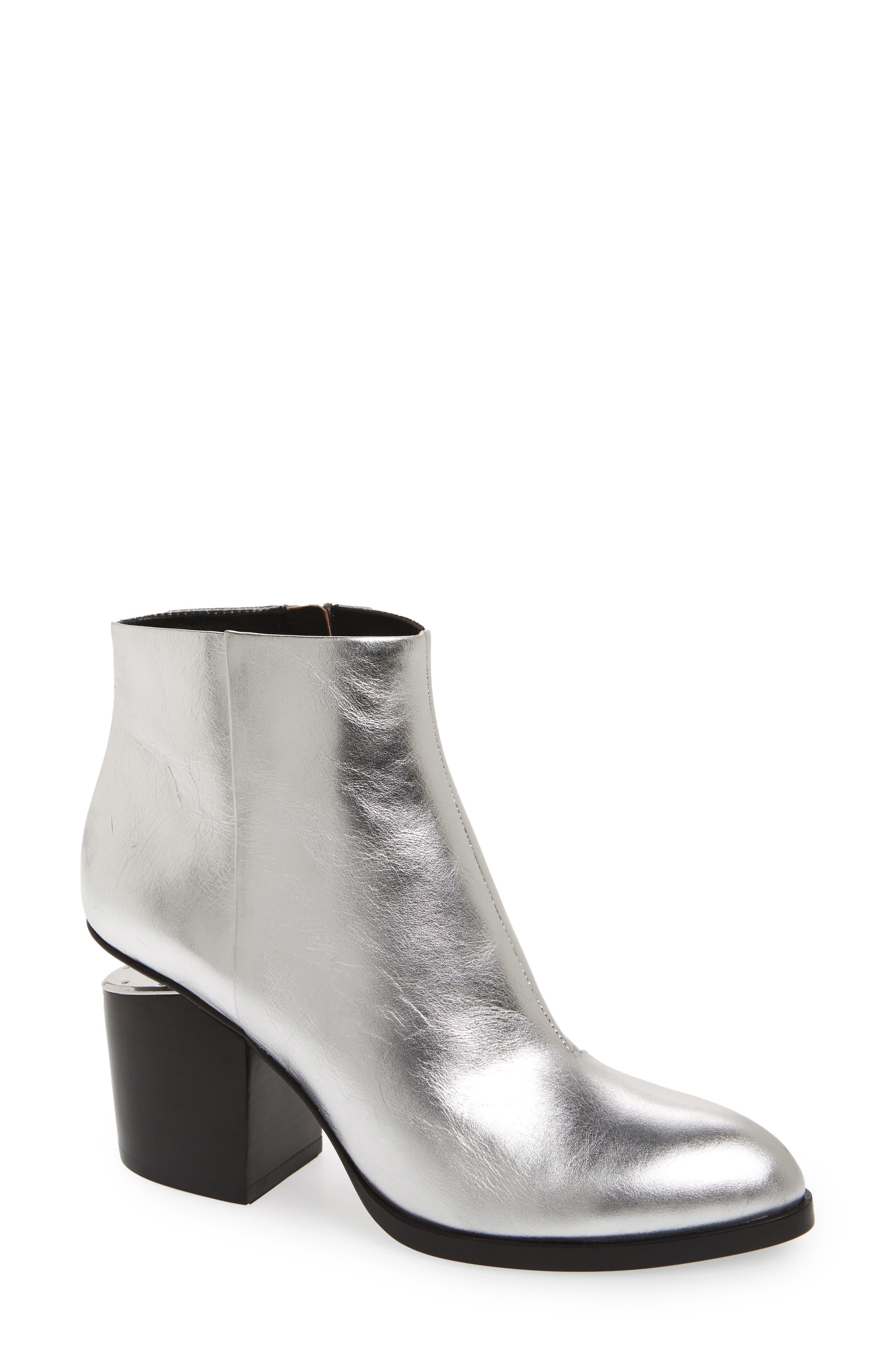 d218478b850a Women s Boots Sale