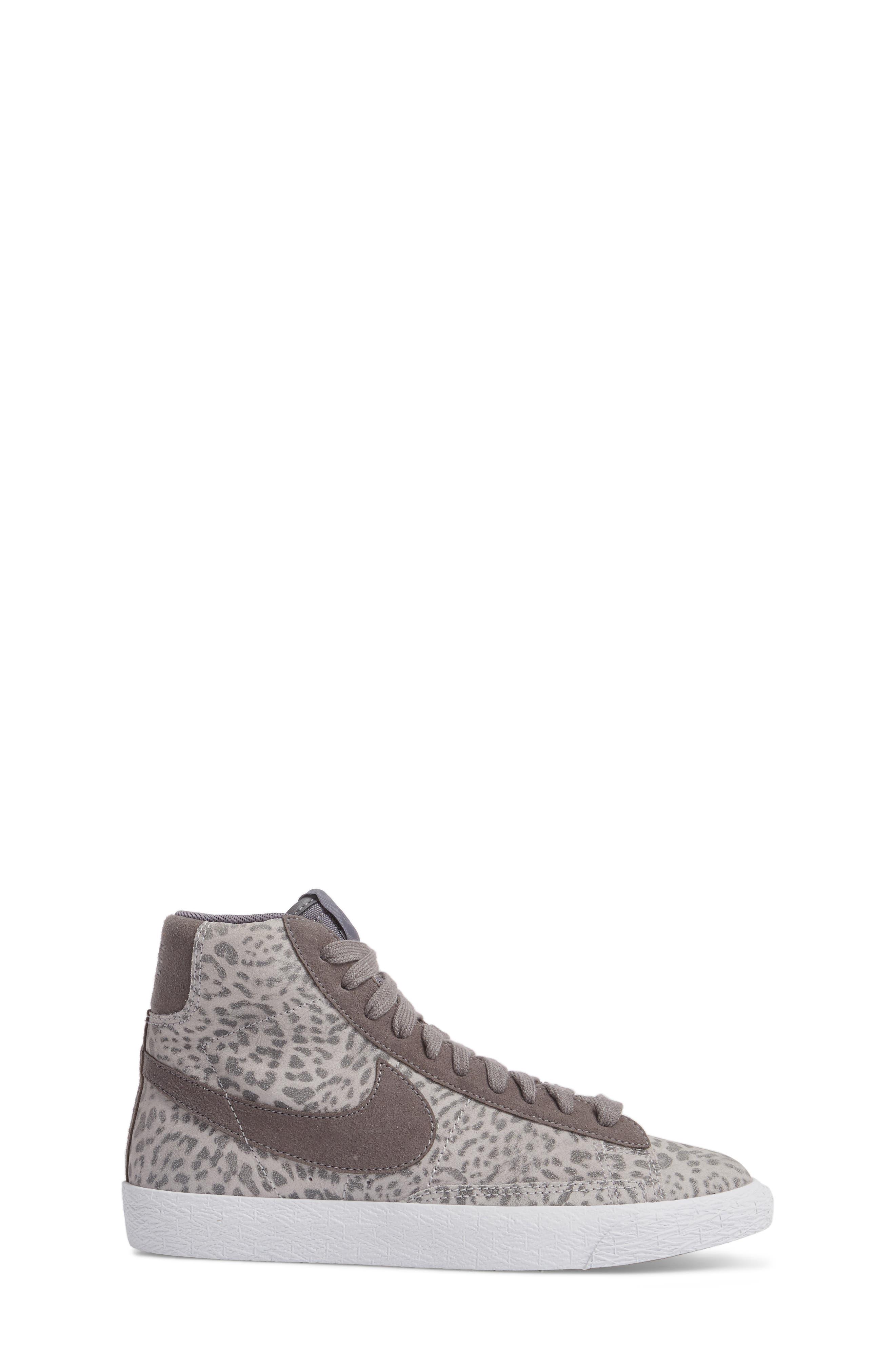Blazer Mid SE High Top Sneaker,                             Alternate thumbnail 3, color,                             Atmosphere Grey/ Smoke/ Gum