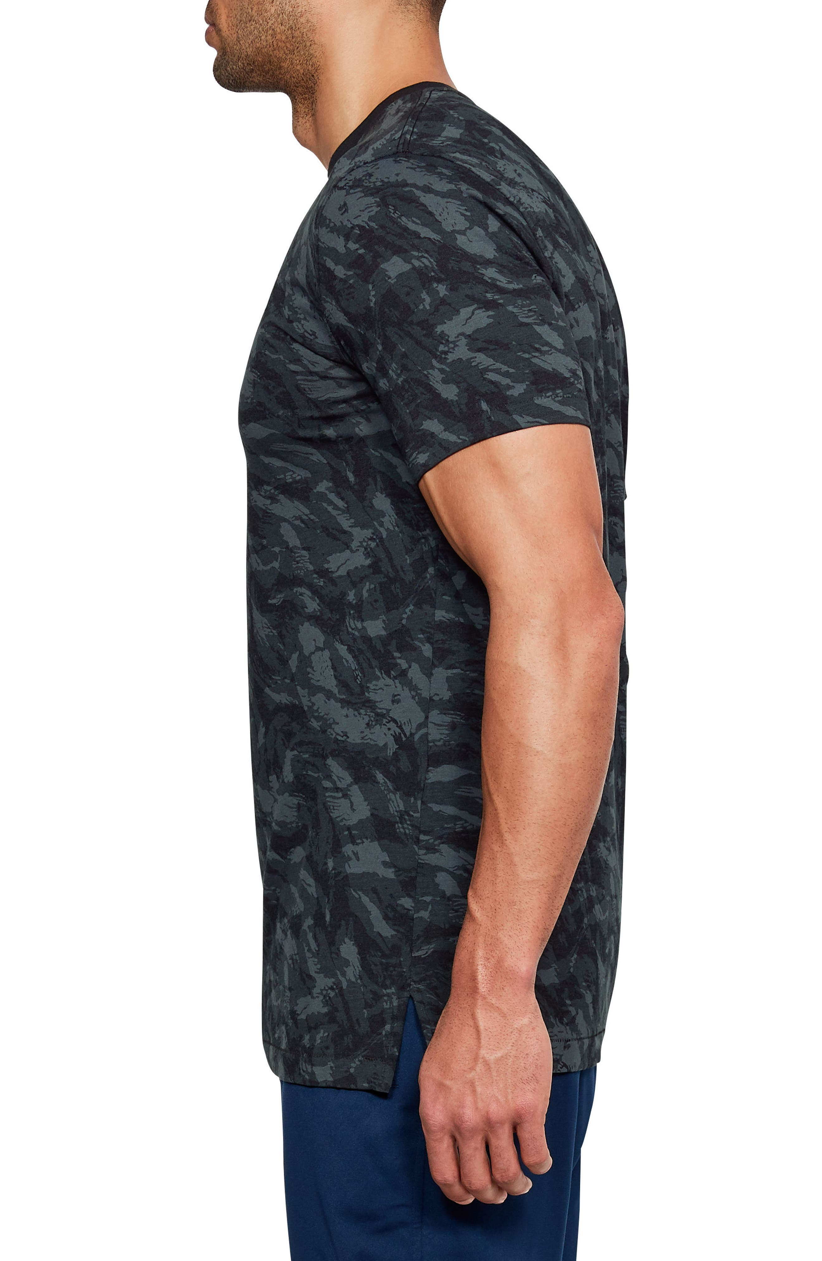 Sportstyle Print Charged Cotton<sup>®</sup> Fitted T-Shirt,                             Alternate thumbnail 3, color,                             Black/ Black