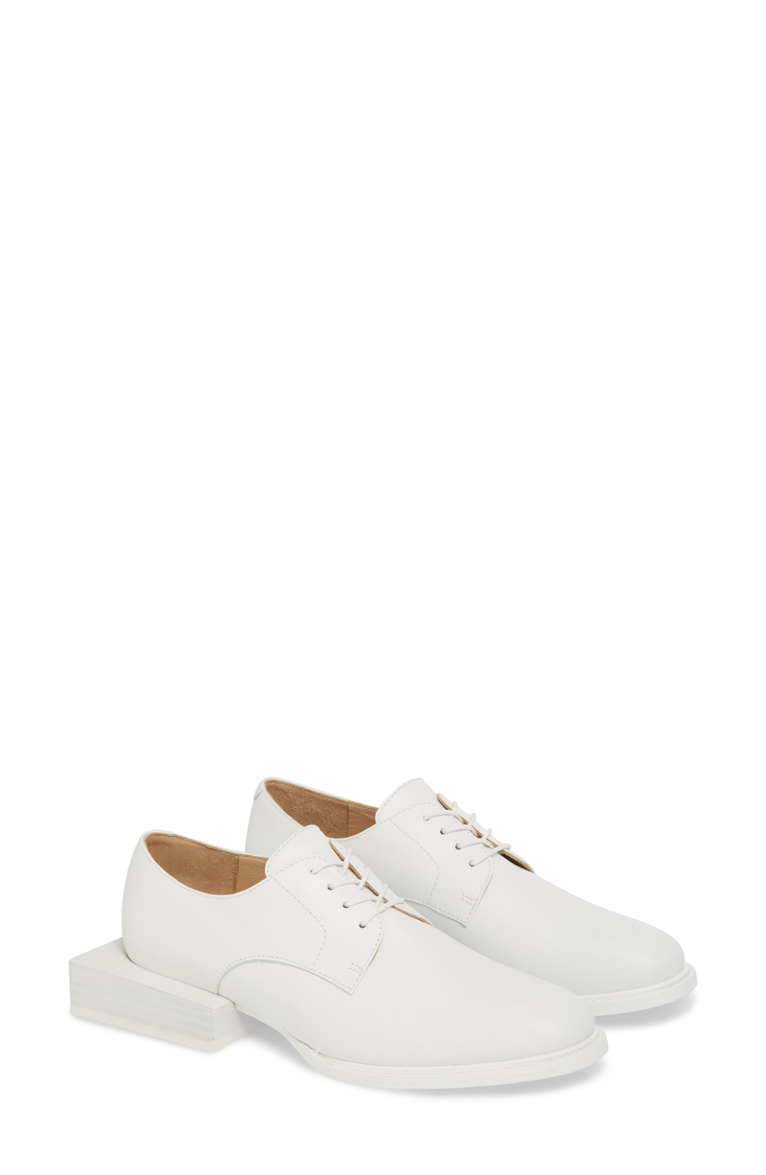 Jacquemus Les Chaussures Clown Oxford (Women)