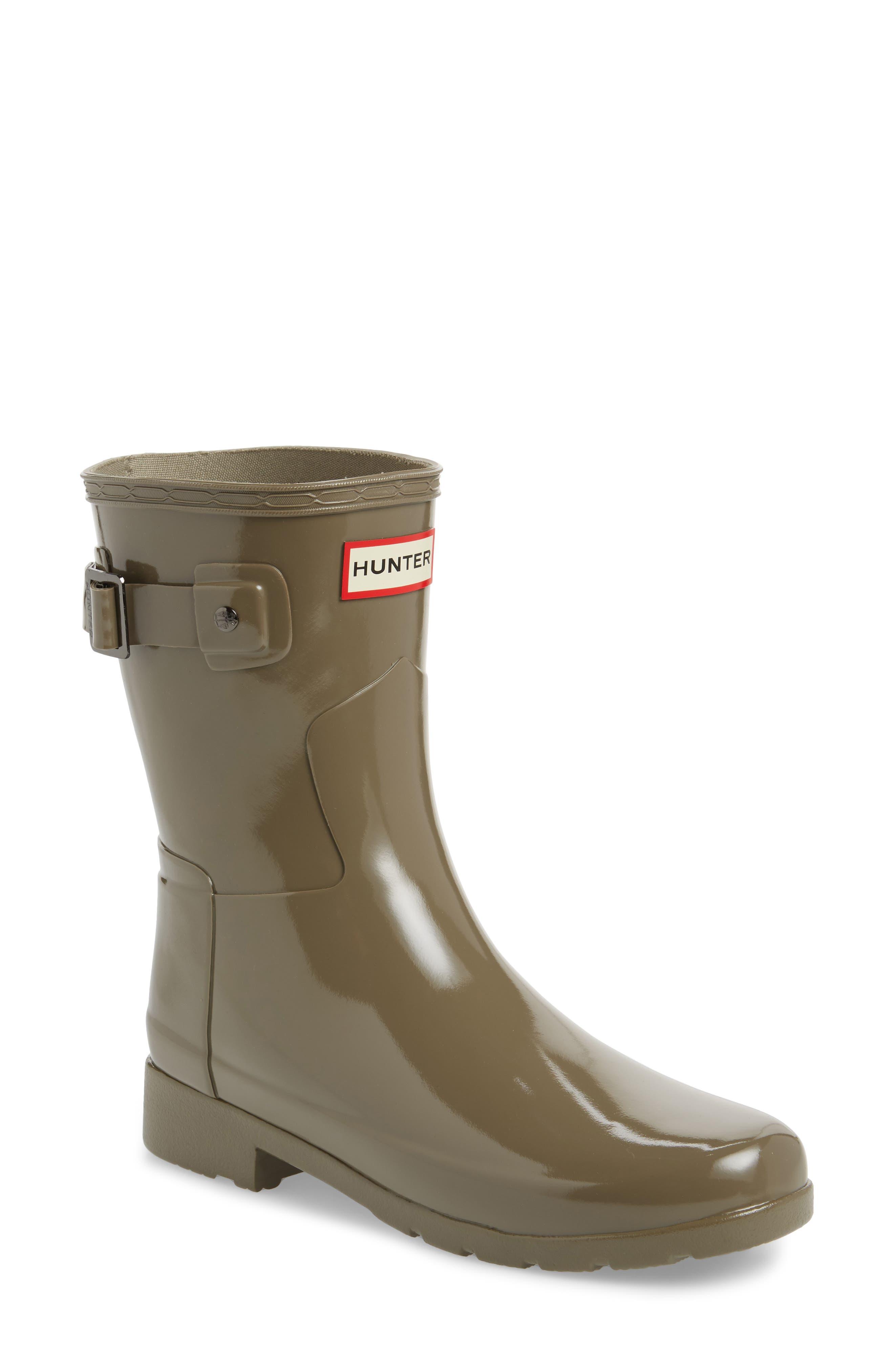 Hunter 'Refined Short' Gloss Rain Boot (Women)