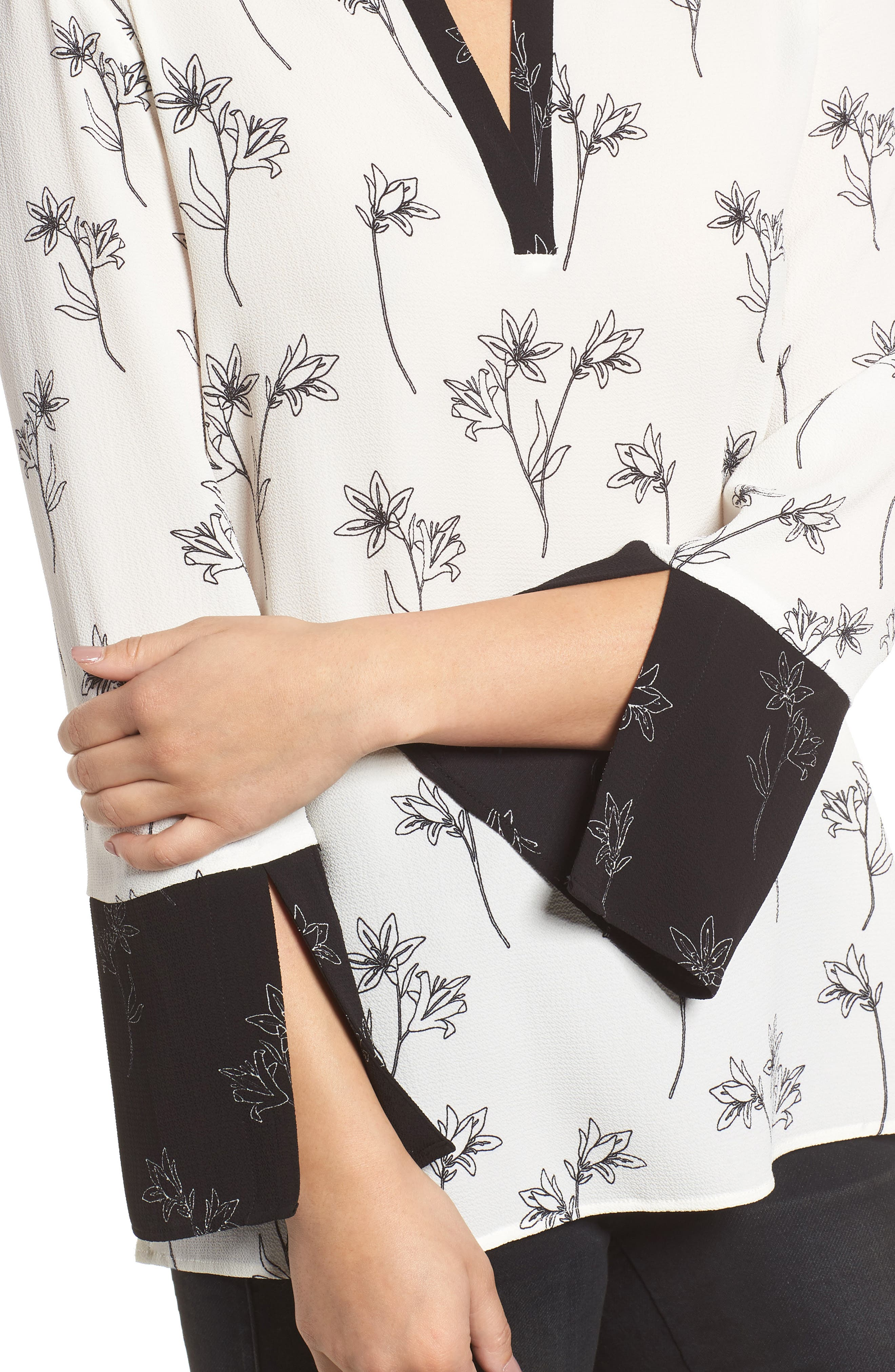 Floral Split Bell Sleeve Blouse,                             Alternate thumbnail 4, color,                             060-Rich Black