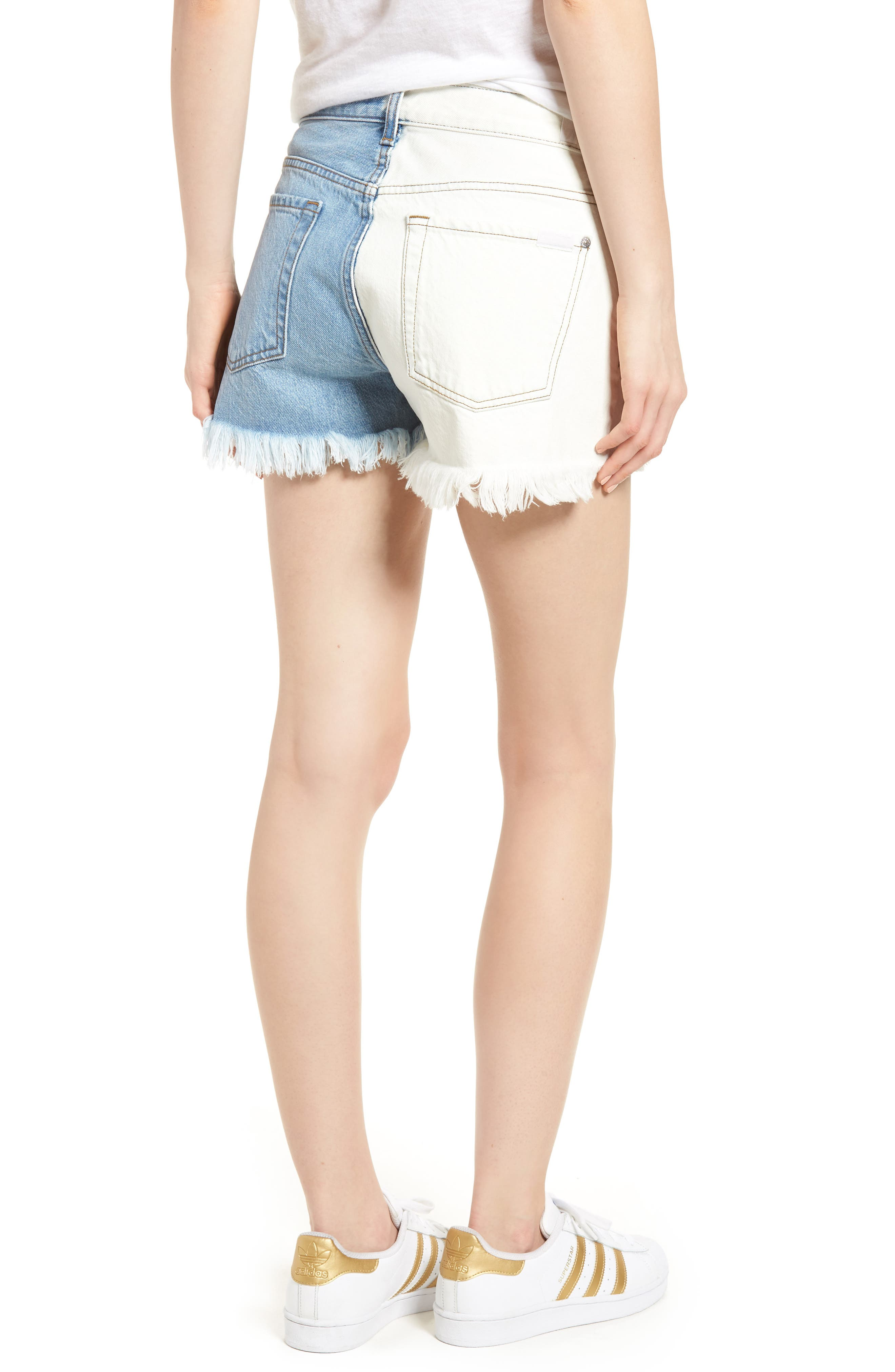 Alternate Image 2  - 7 For All Mankind® Colorblock Cutoff Denim Shorts (Cloud Sky 2)