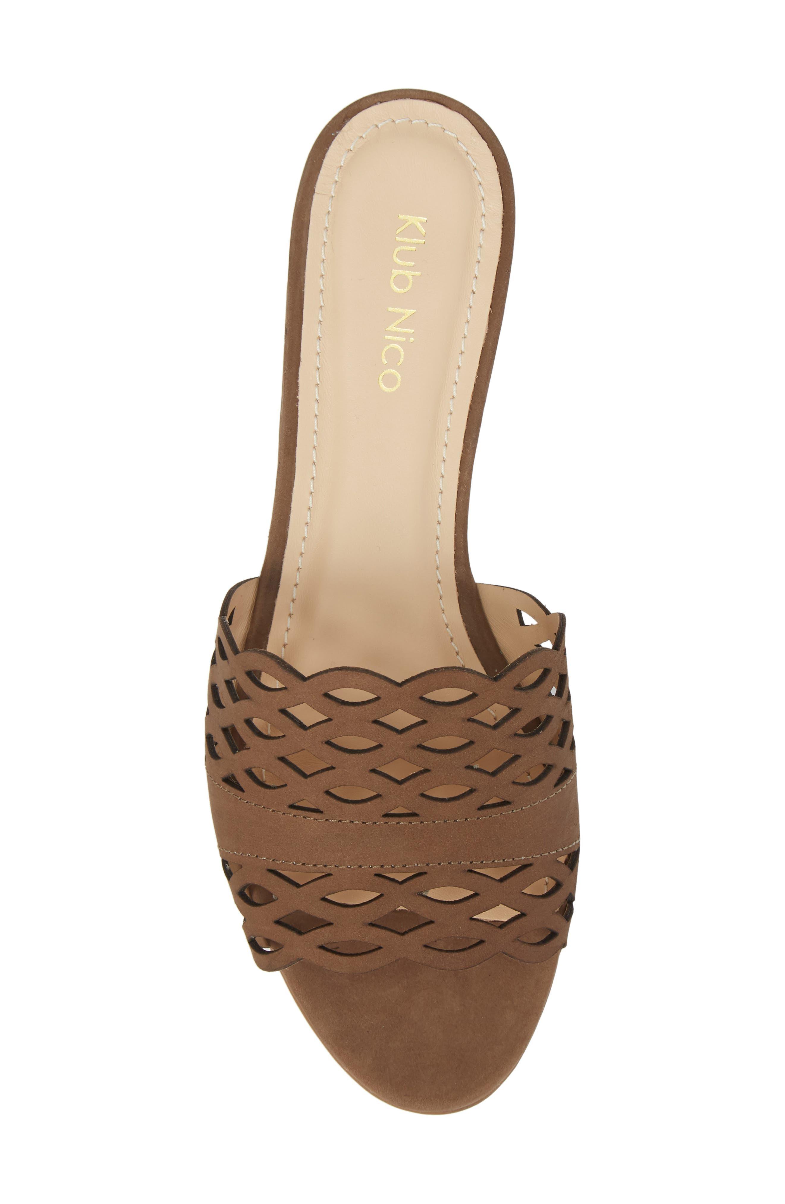 Gynne Slide Sandal,                             Alternate thumbnail 5, color,                             Truffle Leather