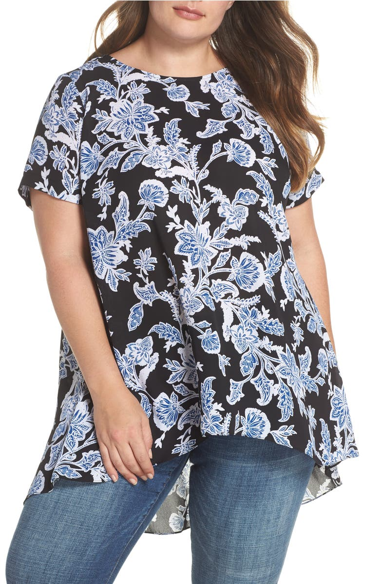 6bfd60ab206 Vince Camuto Floral Pleat Back High Low Top In Rich Black