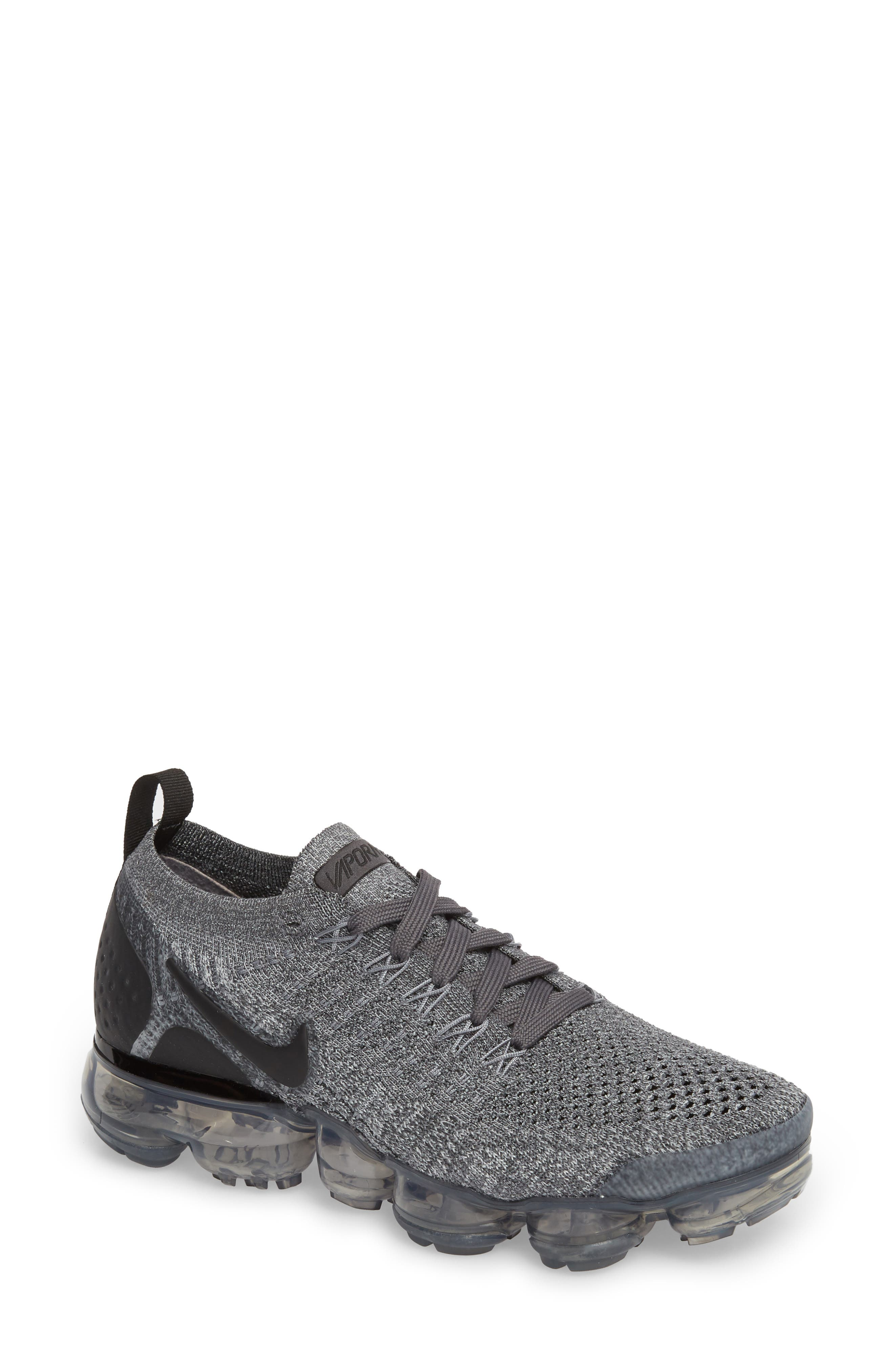 Nike Air VaporMax Flyknit 2 Running Shoe (Women)
