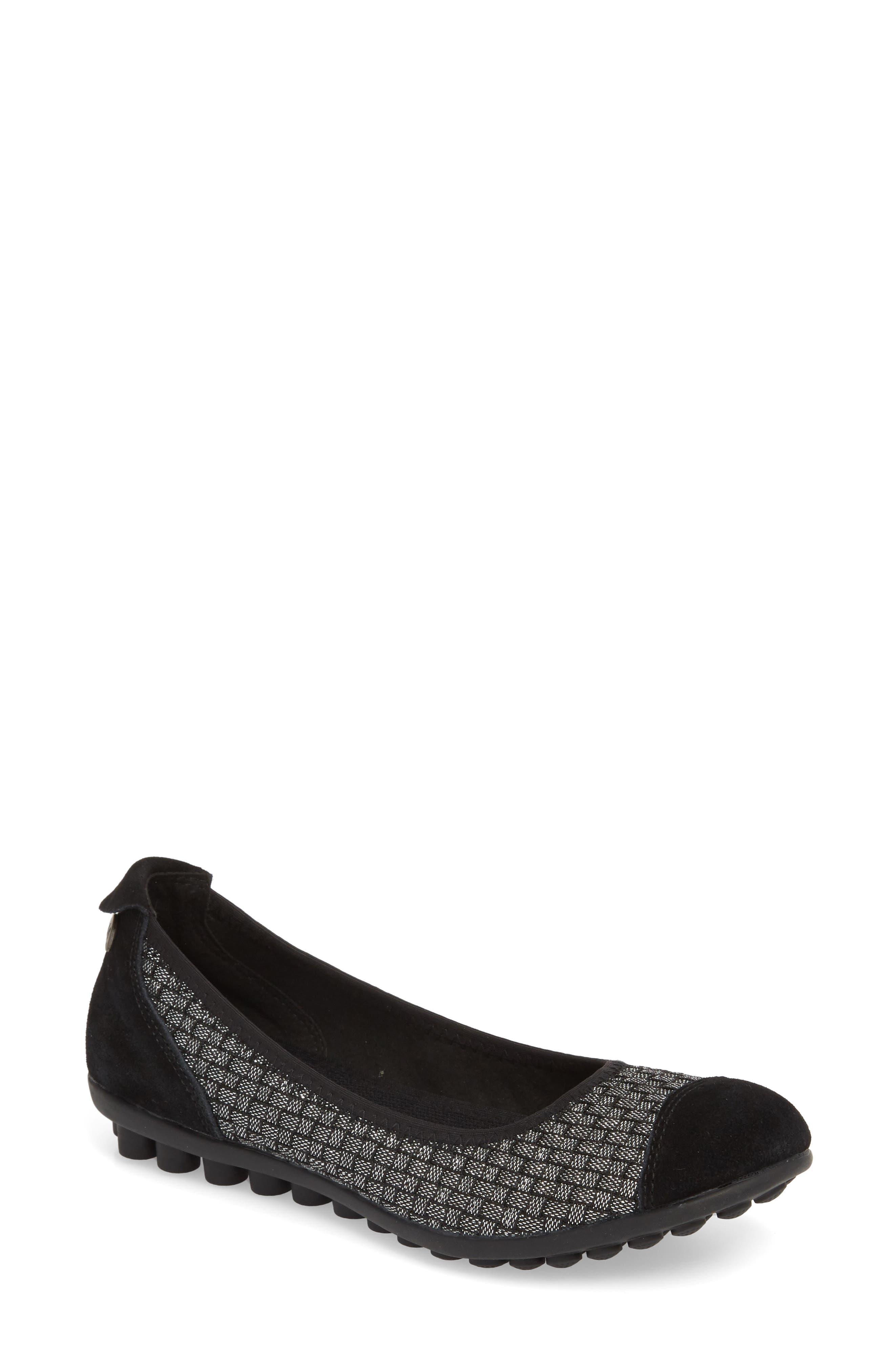 'Bella Me' Woven Flat,                         Main,                         color, Black Shimmer Fabric