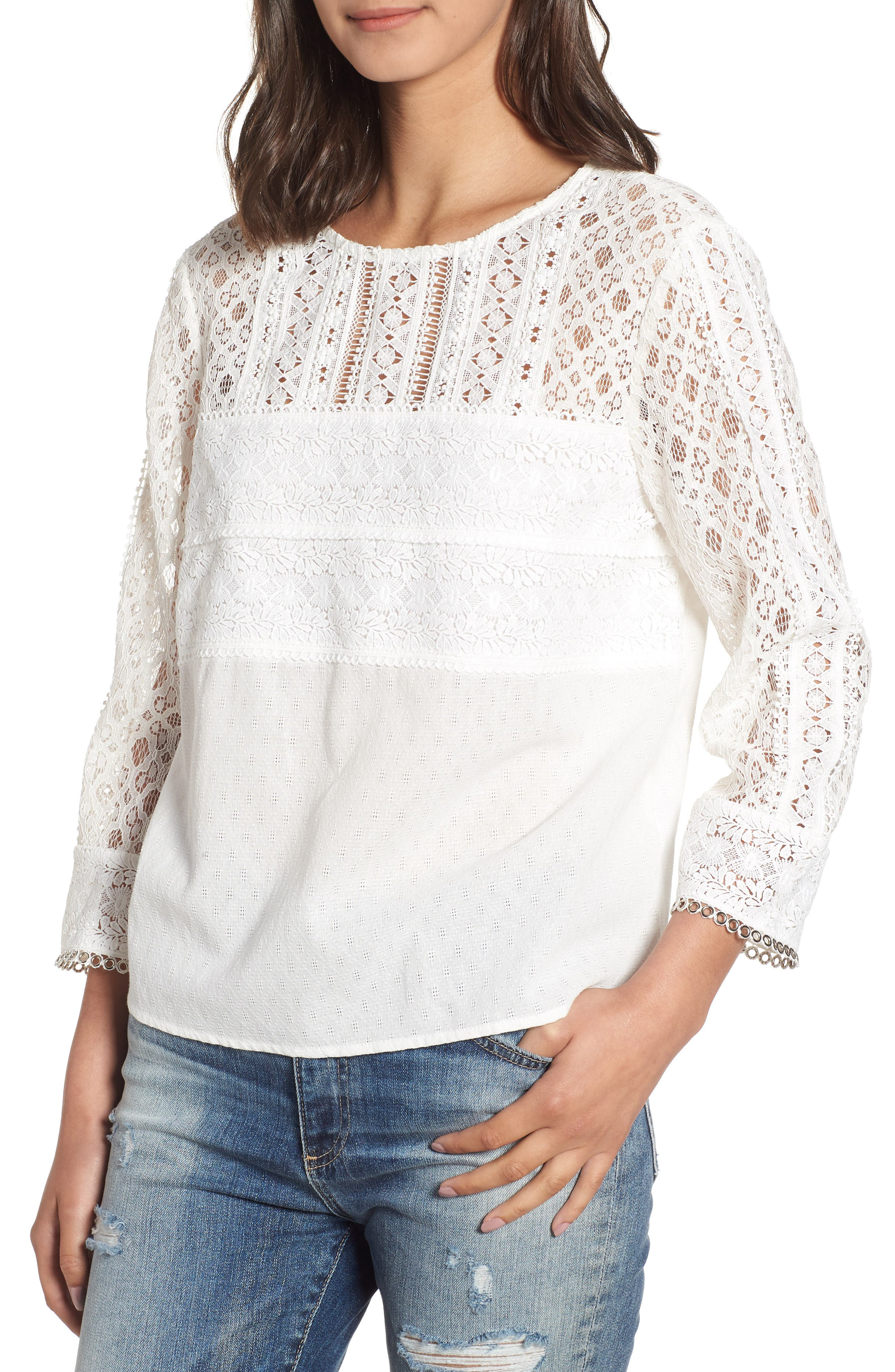 HEARTLOOM SHAYLA LACE DETAIL COTTON EYELET TOP