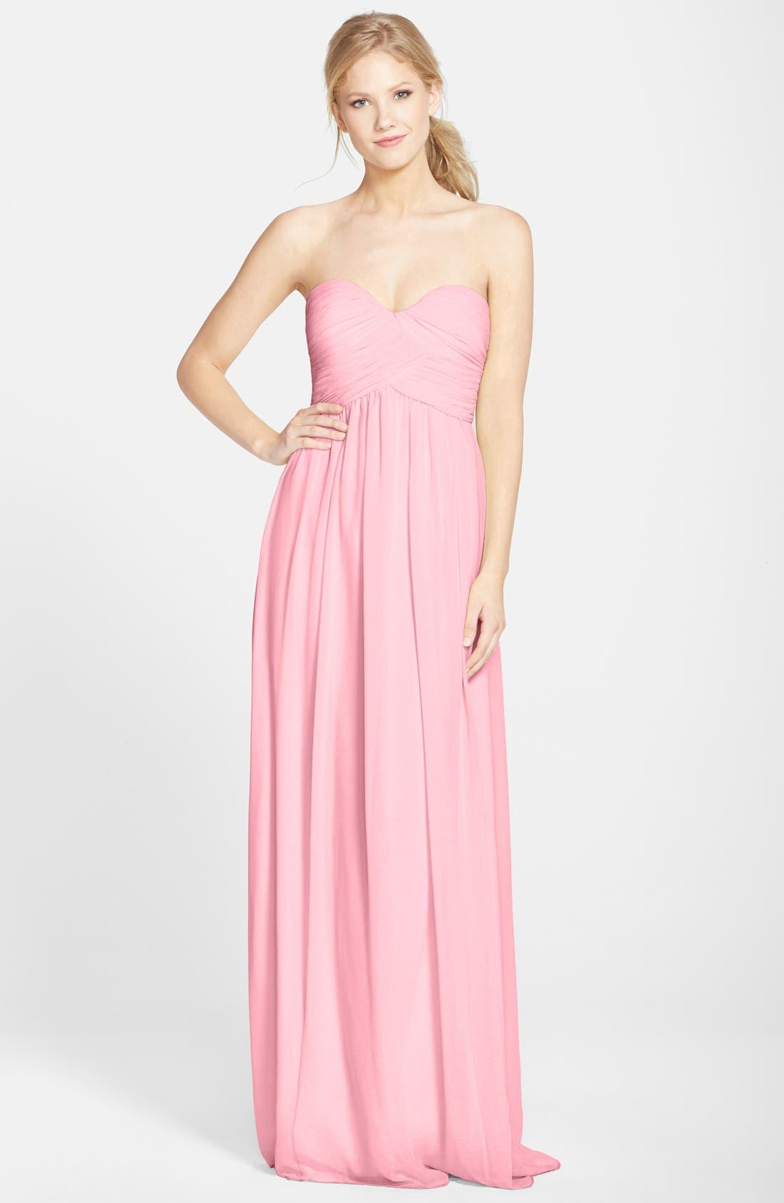 Alternate Image 1 Selected - Donna Morgan 'Laura' Ruched Sweetheart Silk Chiffon Gown