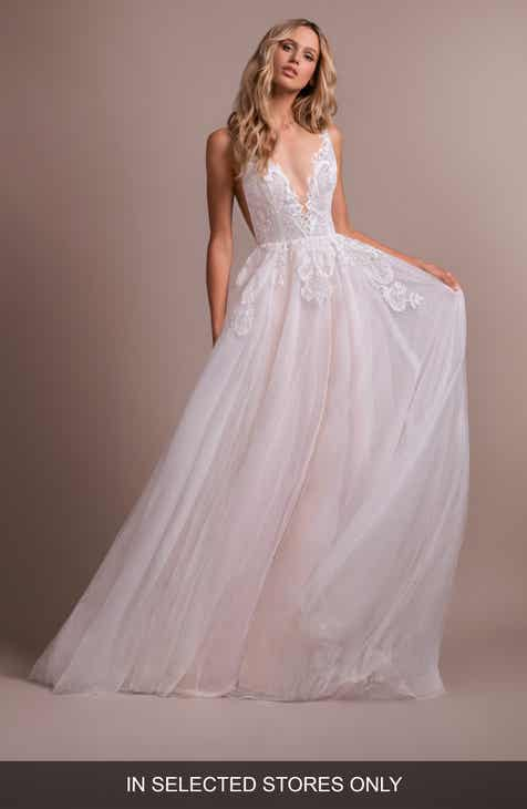 7029ee140ad3 Hayley Paige Nash V-Neck Lace Wedding Dress