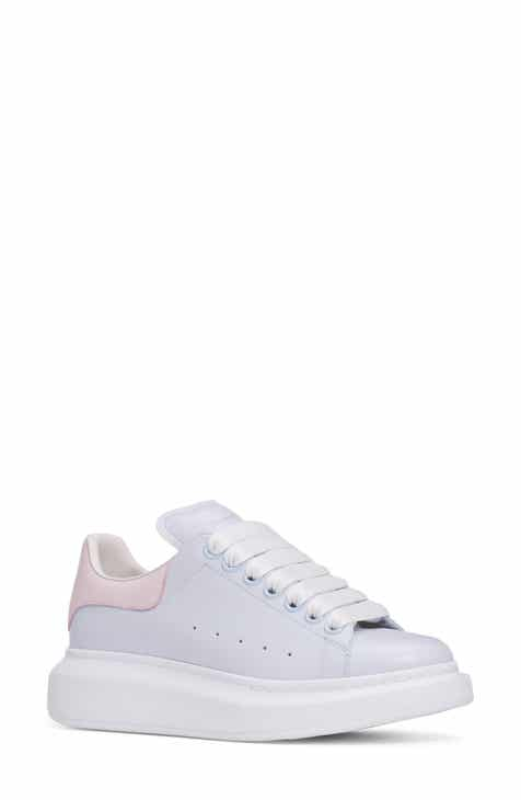 the latest fa397 6f2e2 Alexander McQueen Sneaker (Women)