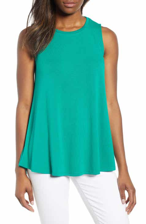 b22f2f682f2 New Women s Green Tops
