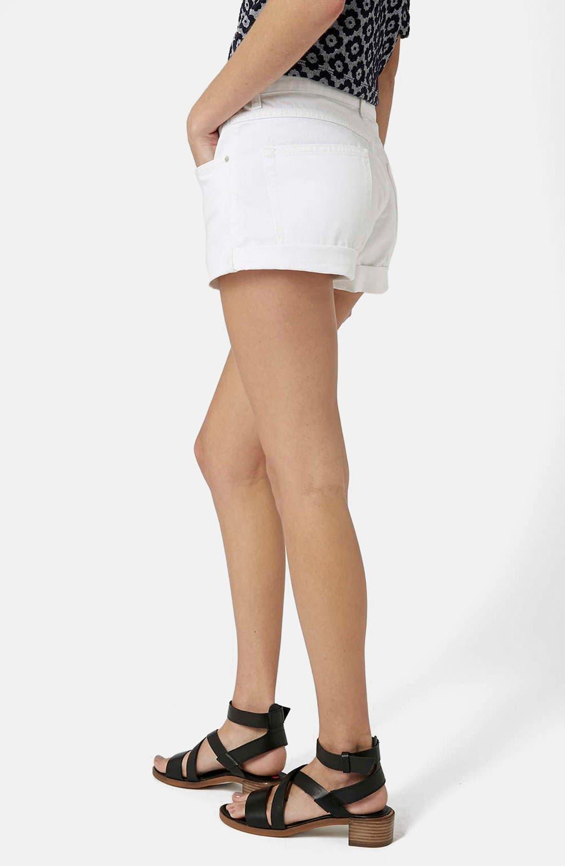 Alternate Image 2  - Topshop Moto 'Rosa' Cuffed Denim Shorts (White)