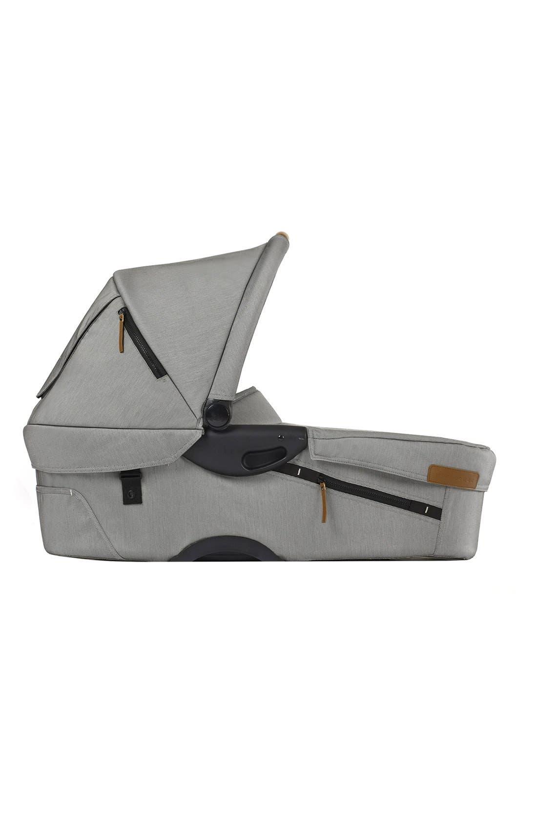 'Evo - Urban Nomad' Bassinet,                         Main,                         color, Light Grey