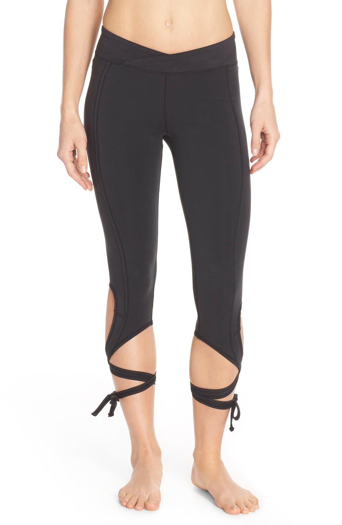 Alternate Image 1 Selected - Free People Turnout Tie Capris