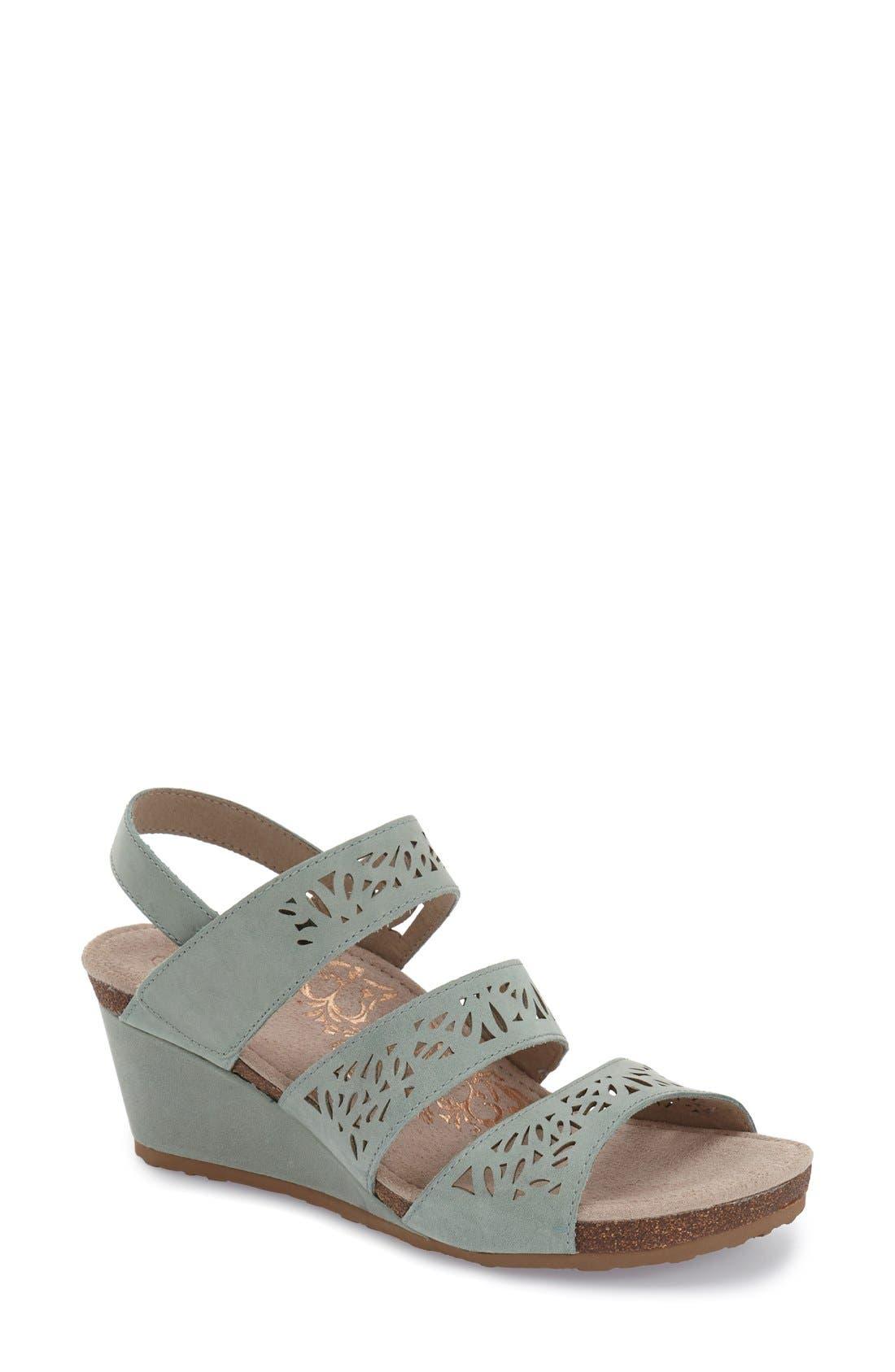 Aetrex 'Lexi' Wedge Sandal (Women)