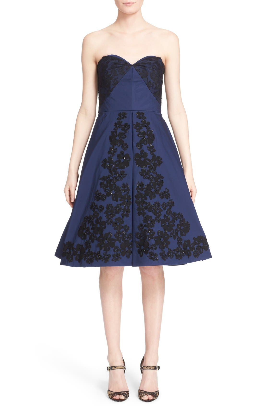 Main Image - Oscar de la Renta Floral Embellished Strapless Fit & Flare Dress