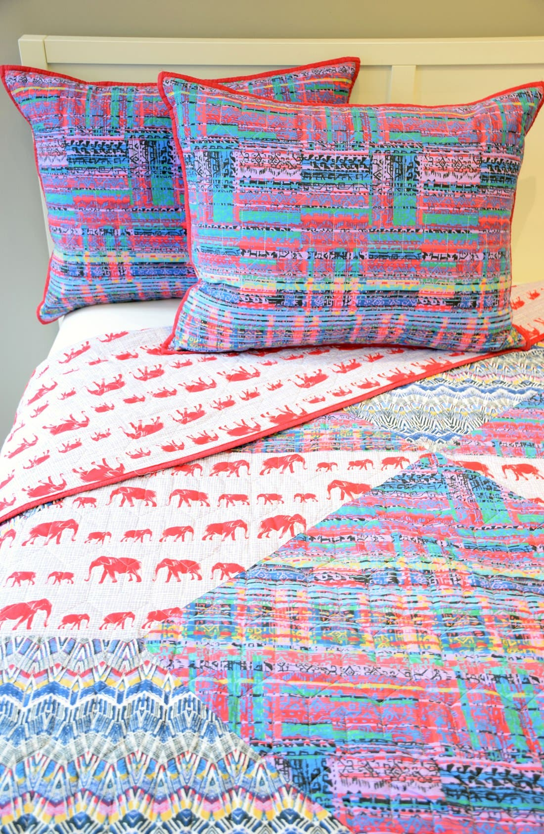 Blissliving Home U0027Tanzania Kambiyau0027 Reversible Quilt Set