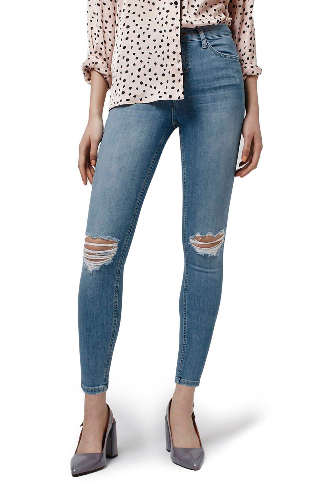 Main Image - Topshop 'Jamie' Distressed Skinny Jeans (Petite)