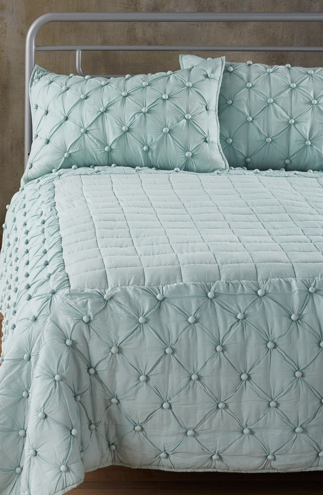 Main Image - Nordstrom at Home 'Chelsea' Comforter