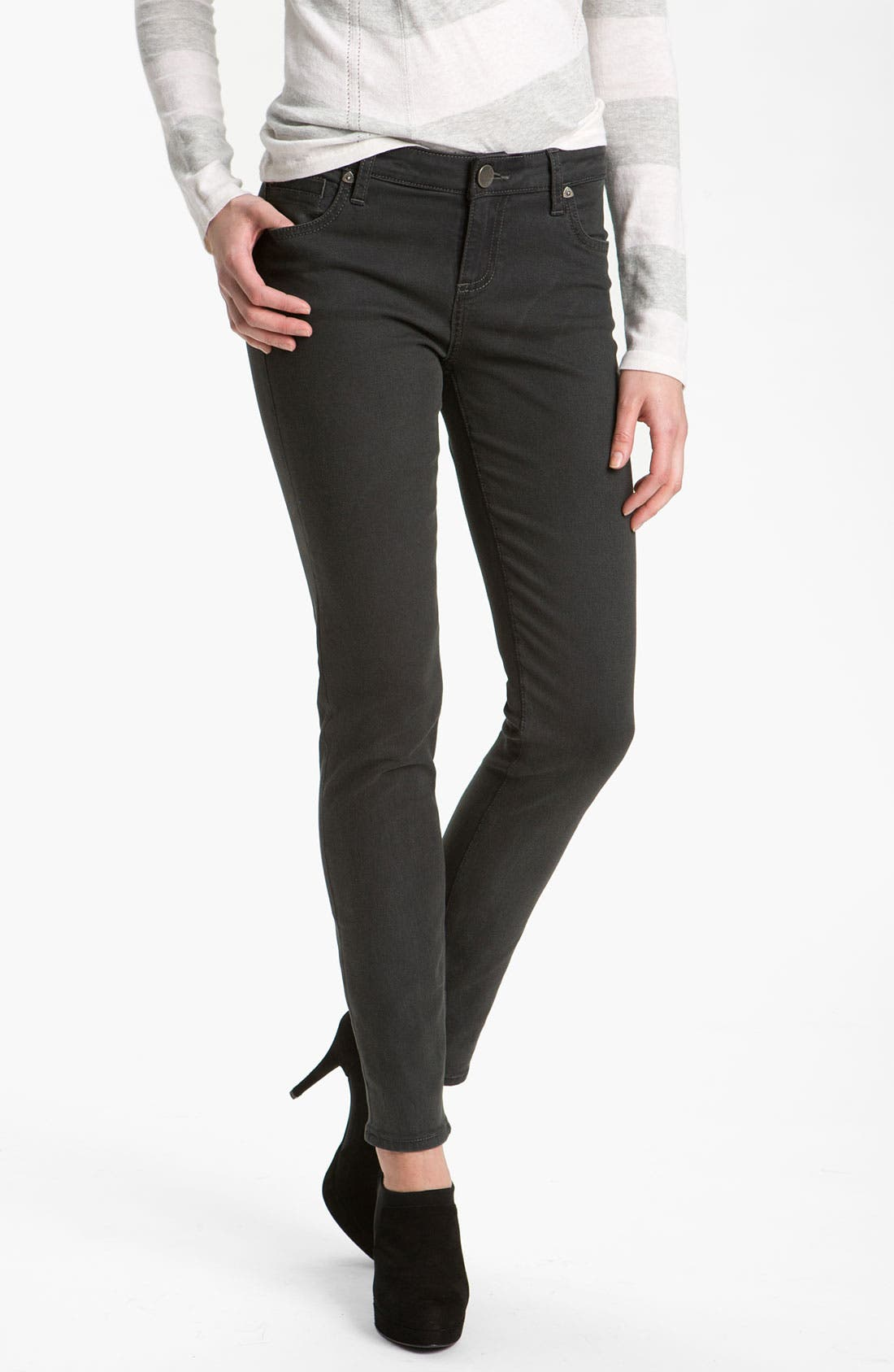 Alternate Image 1 Selected - KUT from the Kloth 'Diana' Skinny Jeans (Graceful Wash)