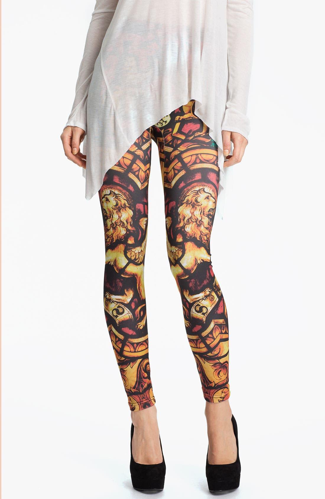 Alternate Image 1 Selected - Hot Sox 'Lion' Print Leggings
