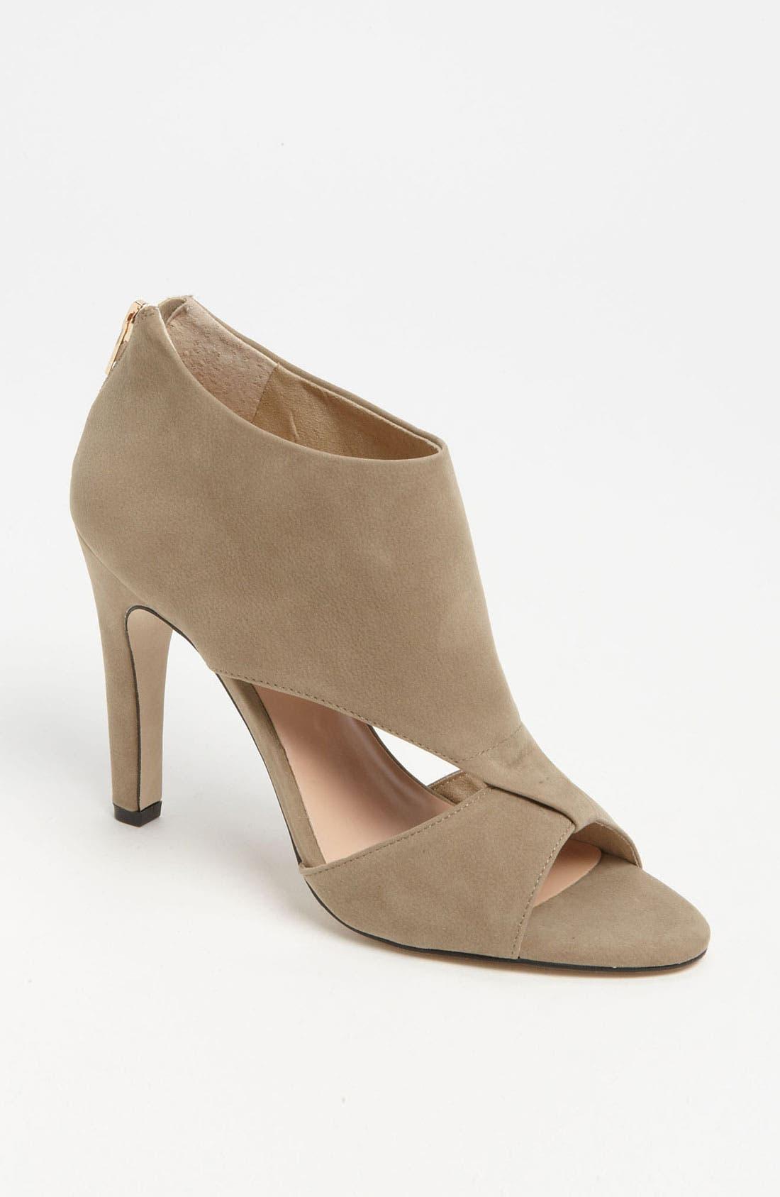 Alternate Image 1 Selected - Sole Society 'Pamelina' Sandal