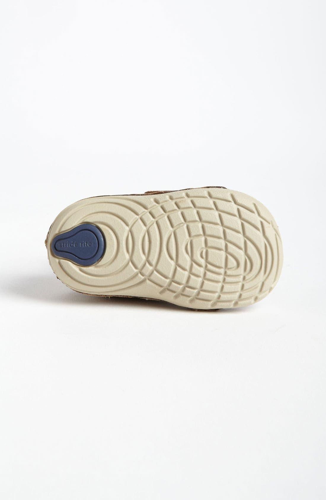 Alternate Image 4  - Stride Rite 'Skip' Sneaker (Baby & Walker)