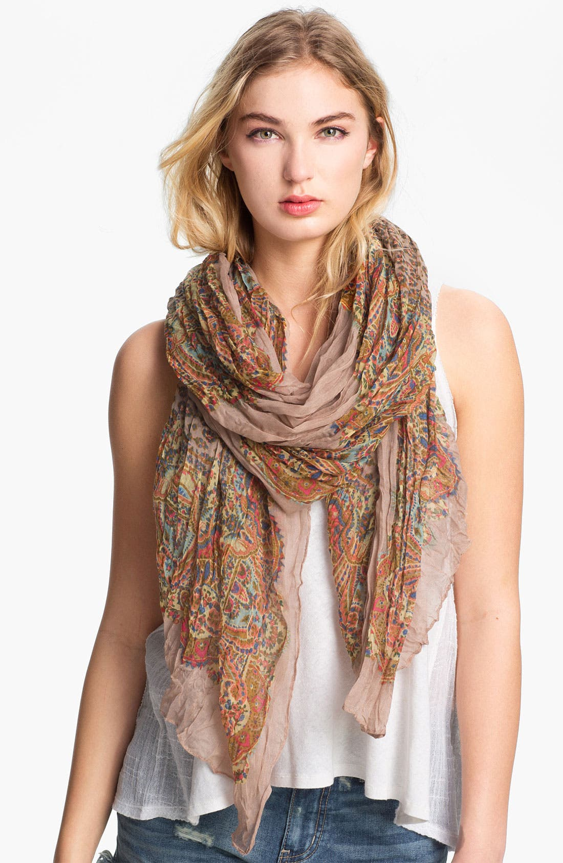 Main Image - Roffe Accessories Crinkled Paisley Scarf