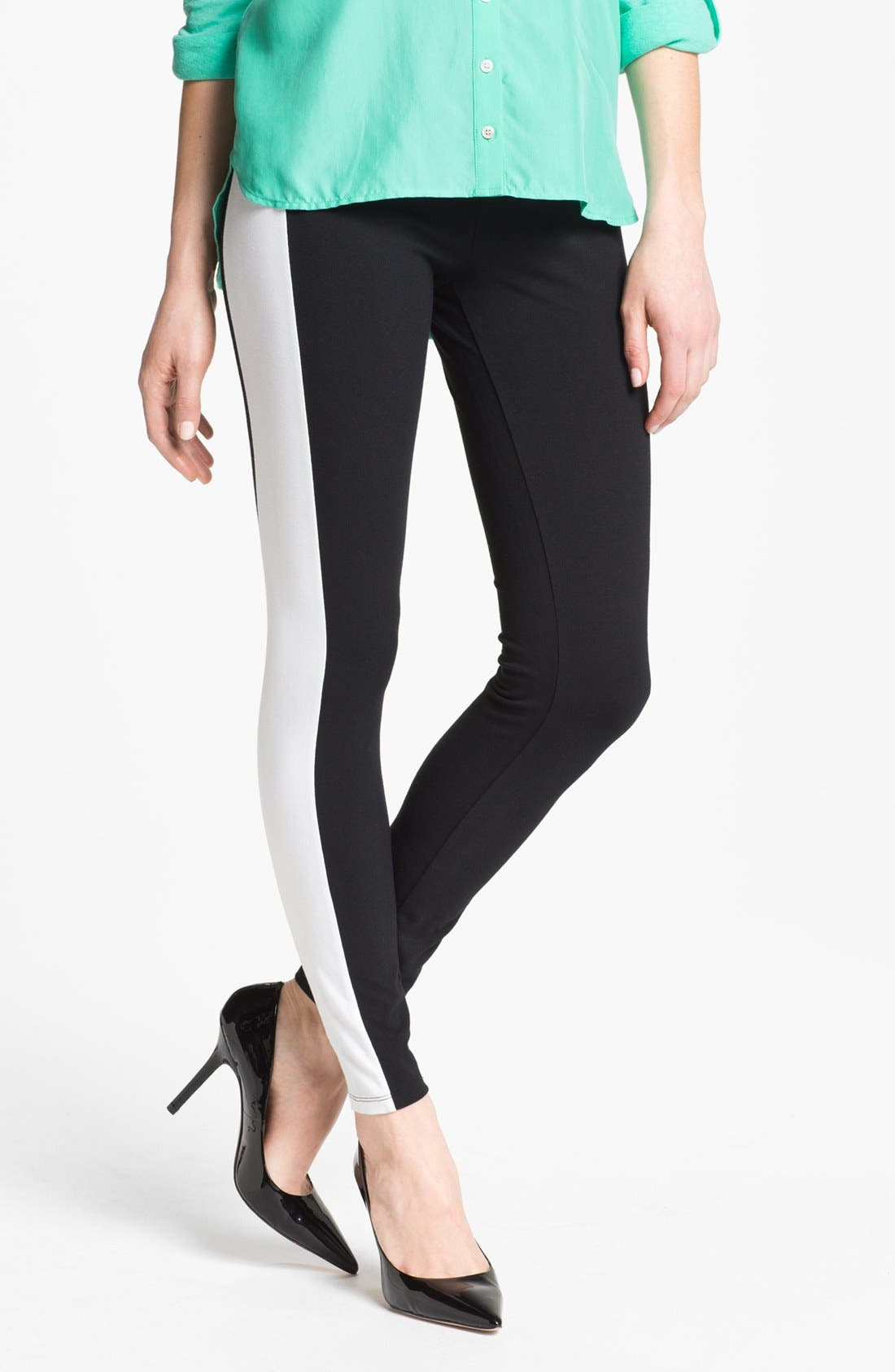 Alternate Image 1 Selected - Hot Sox Side Panel Leggings