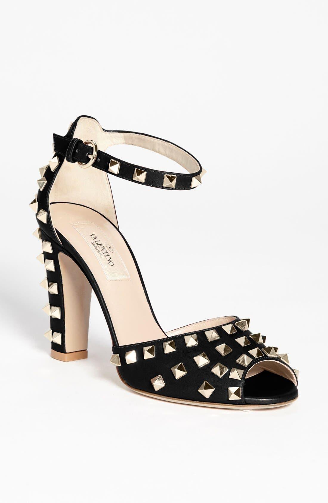 Alternate Image 1 Selected - VALENTINO GARAVANI 'Rockstud' Sandal