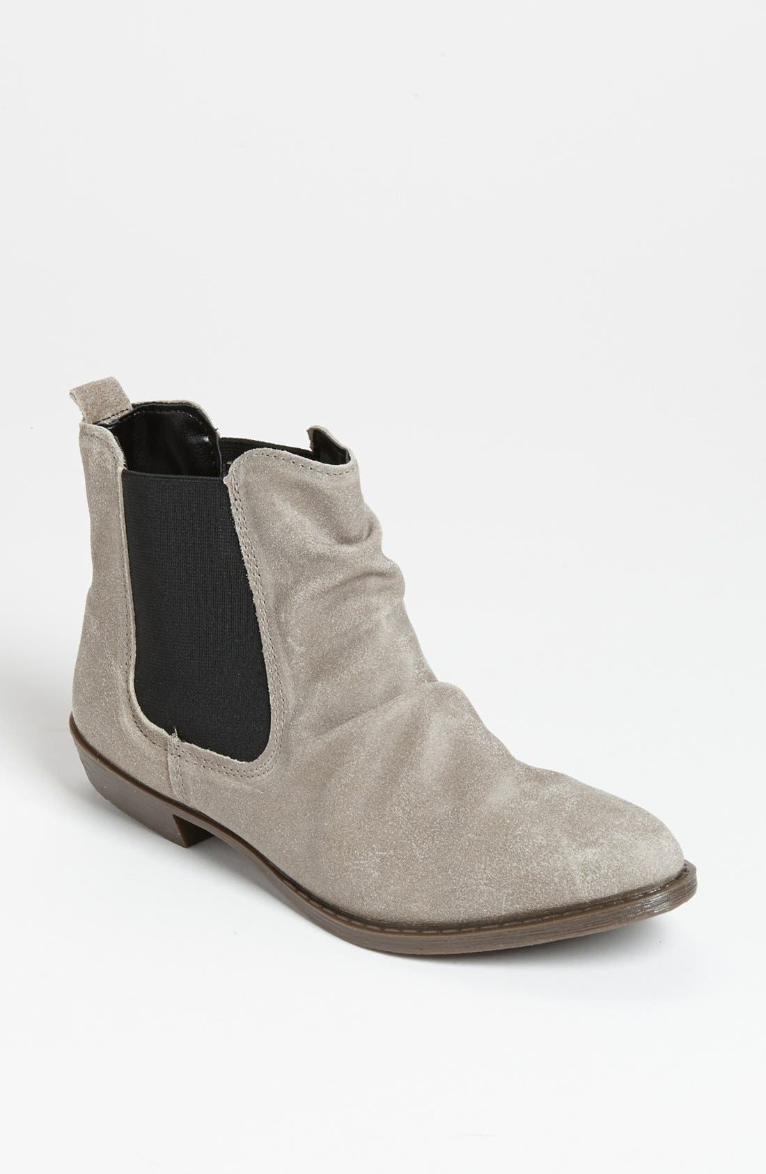 Main Image - Topshop 'Marco' Chelsea Boot