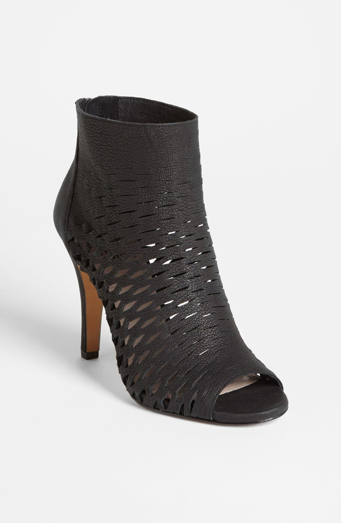 Alternate Image 1 Selected - Vince Camuto 'Krandi' Bootie (Nordstrom Exclusive)