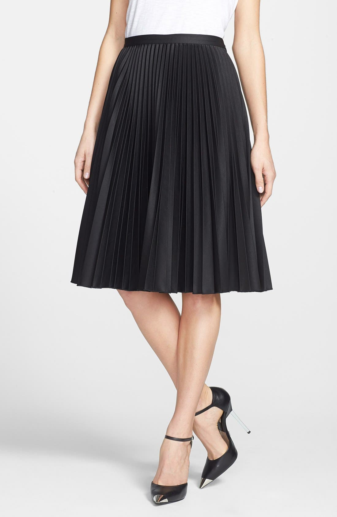 Main Image - MICHAEL Michael Kors Knife Pleated Skirt